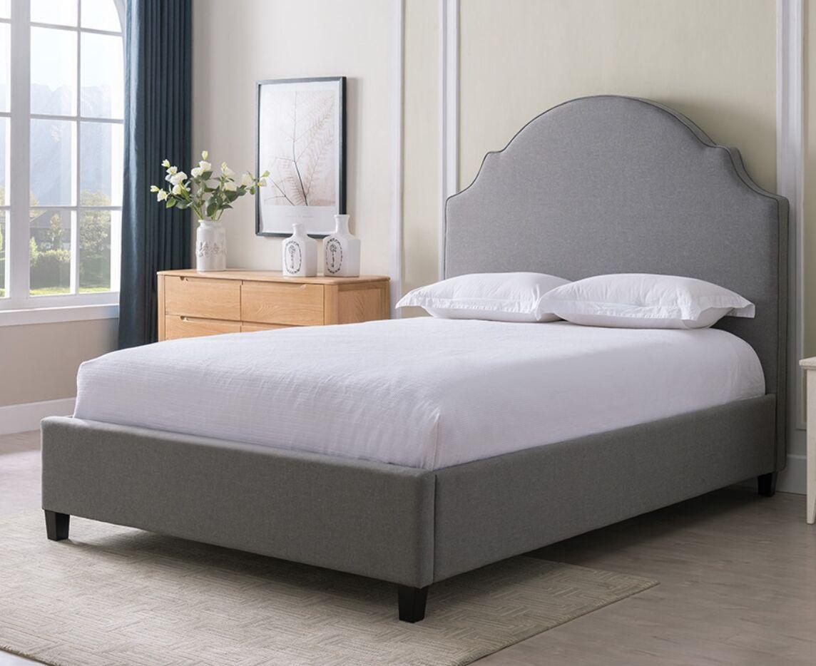 Eldorado Upholstered Panel Bed Finish: Gray, Size: King