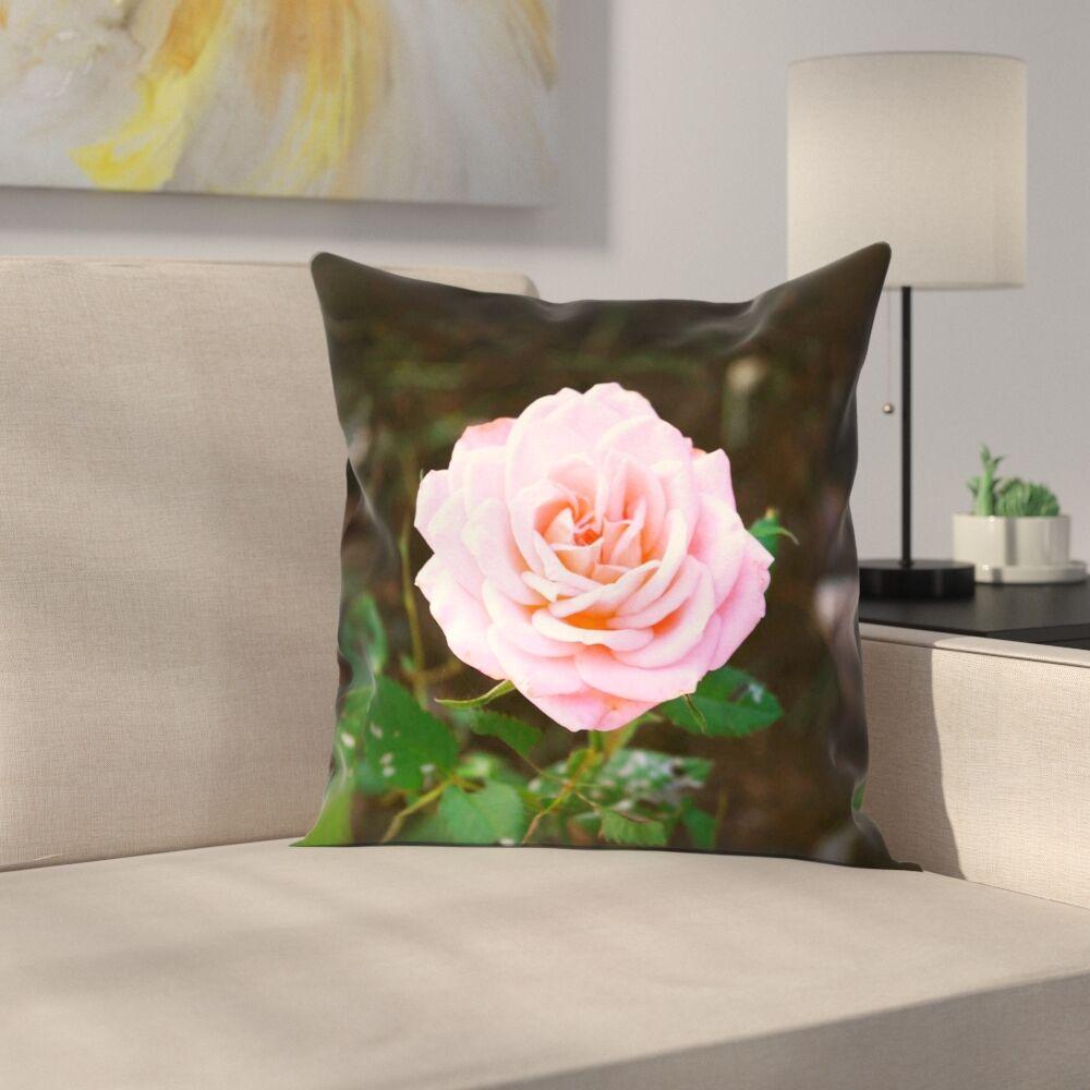 Rose Linen Pillow Cover Size: 16
