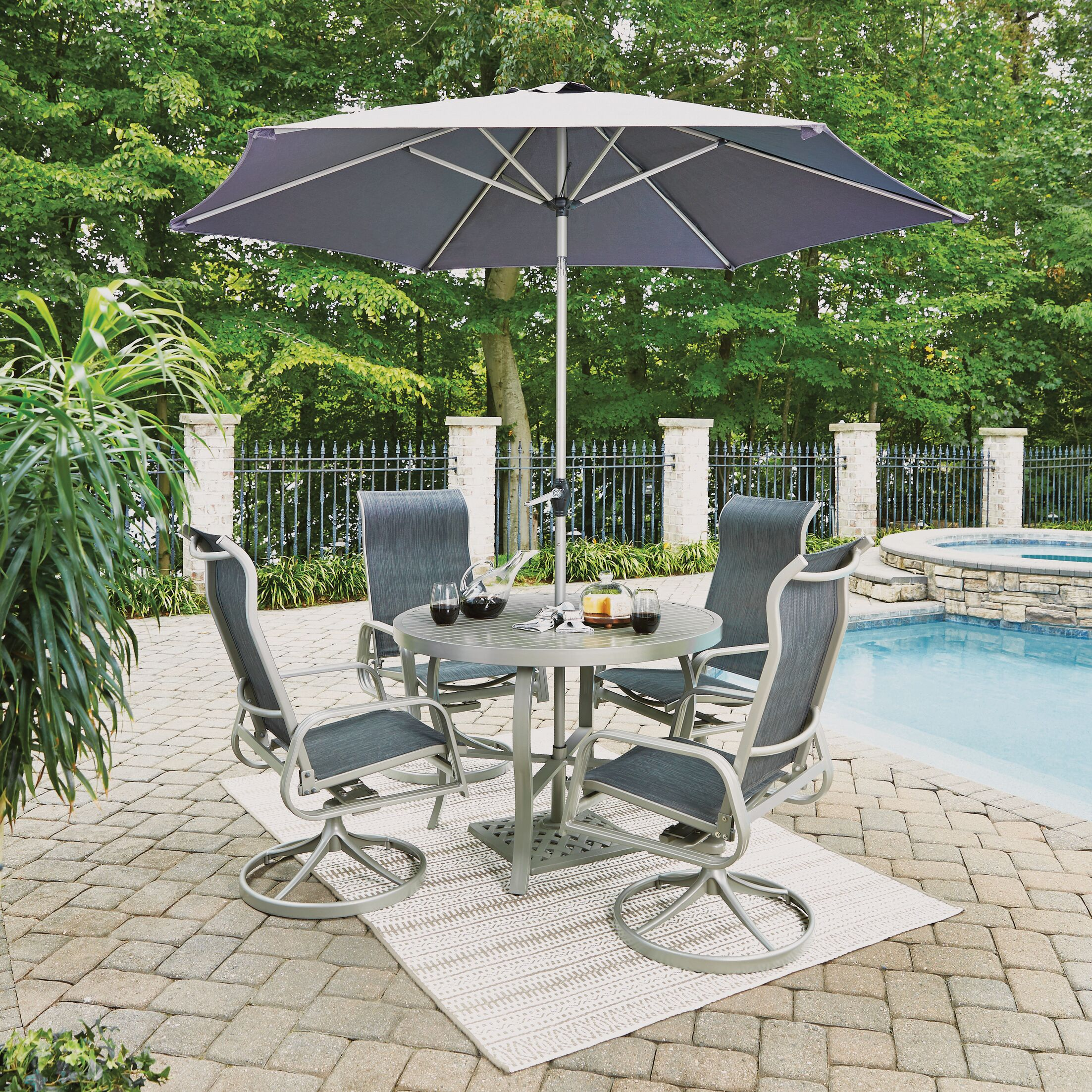 Dinan Outdoor 5 Piece Dining Set with Umbrella Table Size: 28.75