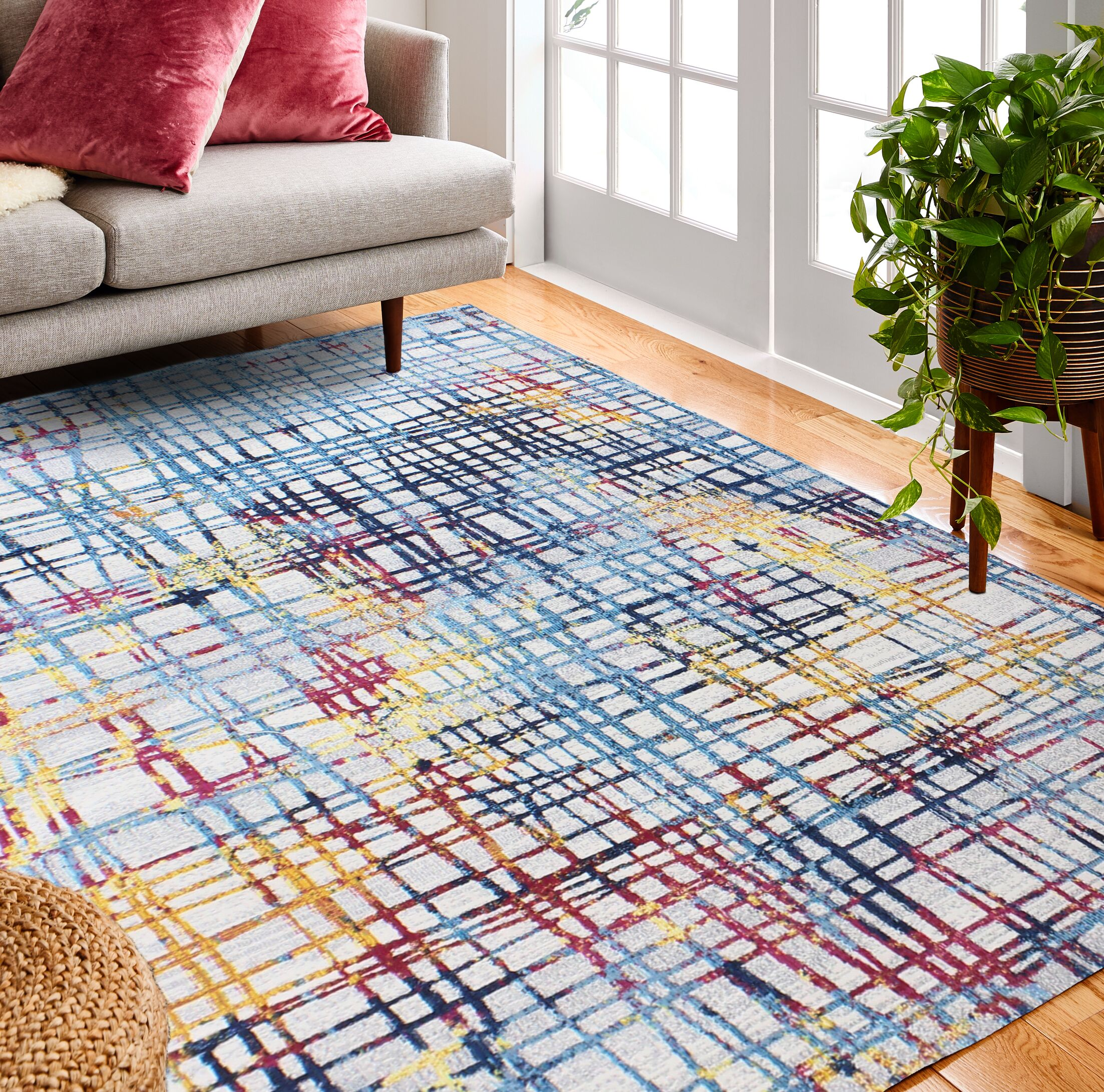 Huissen Blue/Pink Area Rug Rug Size: Rectangle 3'6