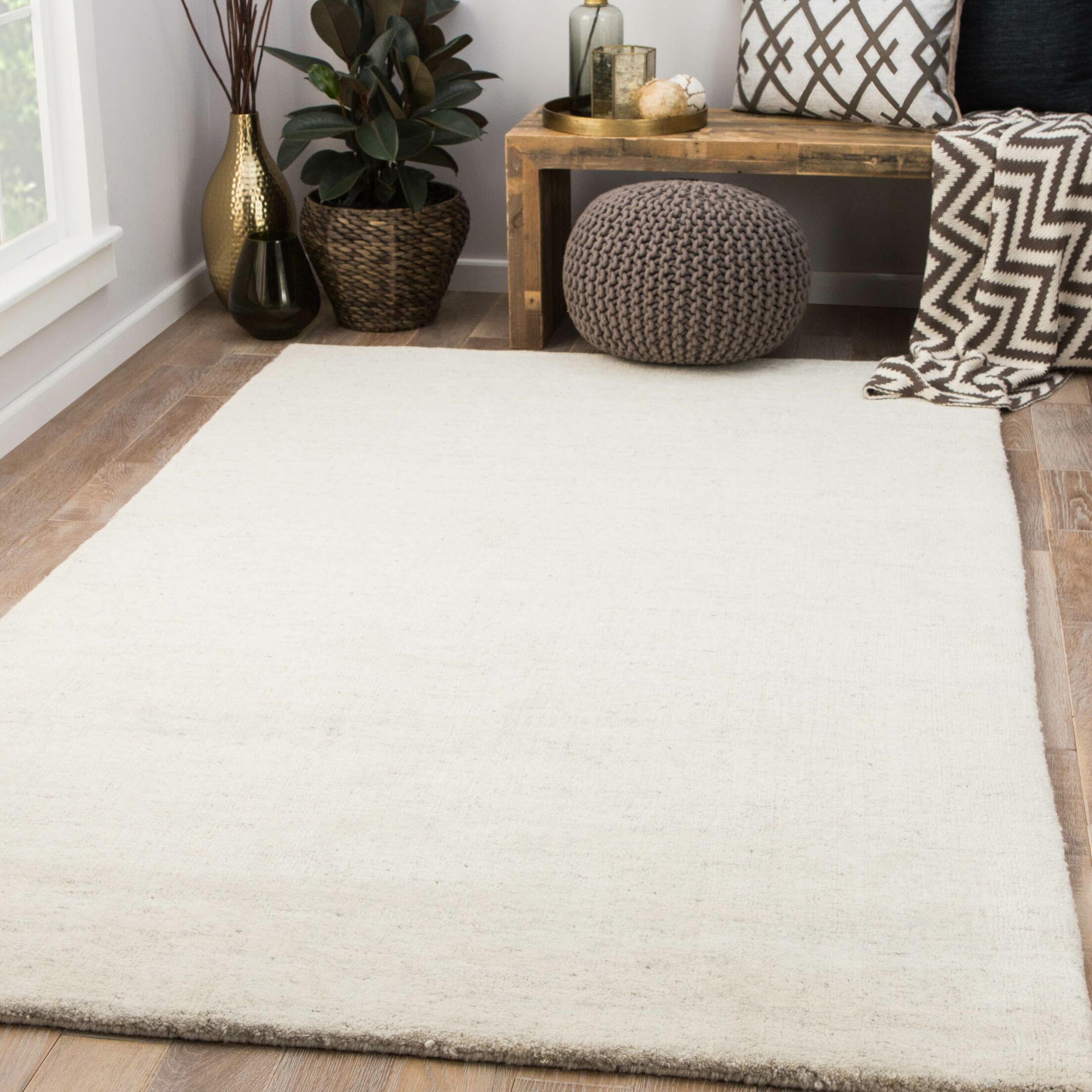 Flemingdon Hand-Woven Wool Ivory Area Rug Rug Size: Rectangle 5' x 8'