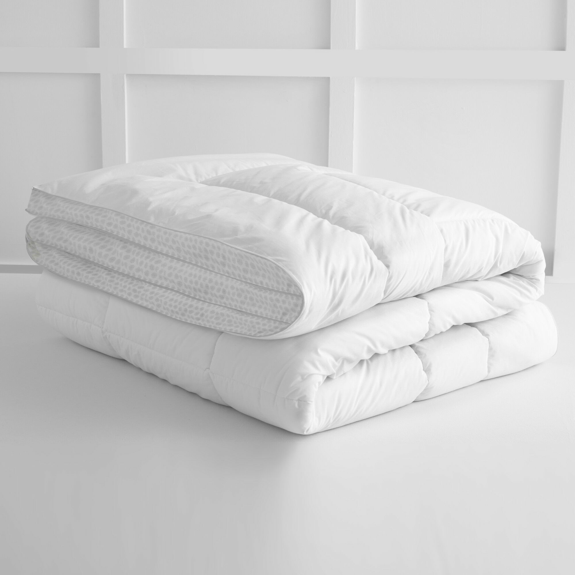 Eco Pure Comforter Size: Twin