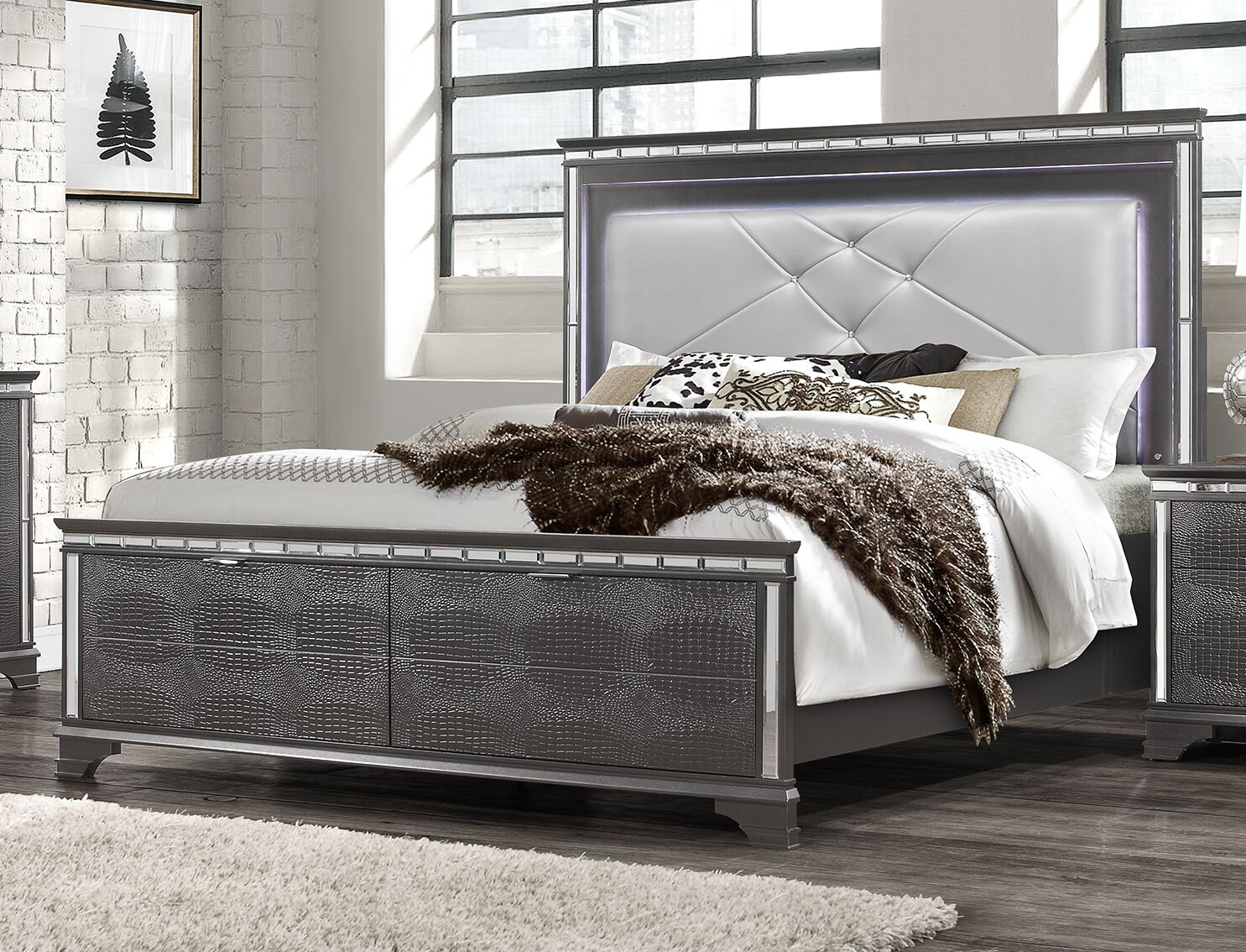 Landgraf Upholstered Storage Panel Bed Size: Queen