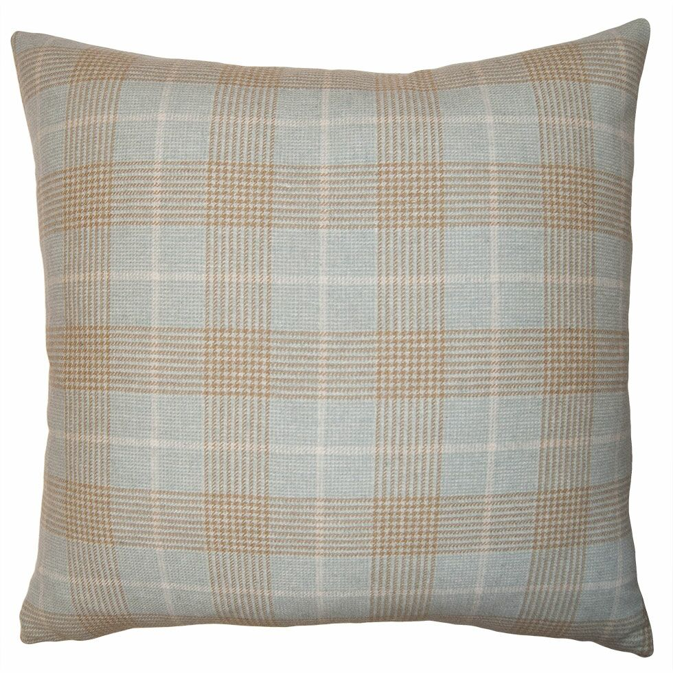 Highland Plaid Pillow Size: 22
