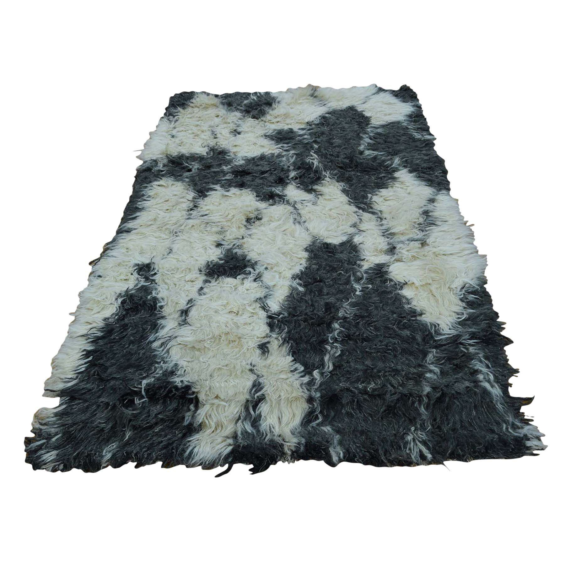 One-of-a-Kind Yasmine Shaggy and Plush Hand-Knotted Beige/Black Area Rug Rug Size: Rectangle 4'1
