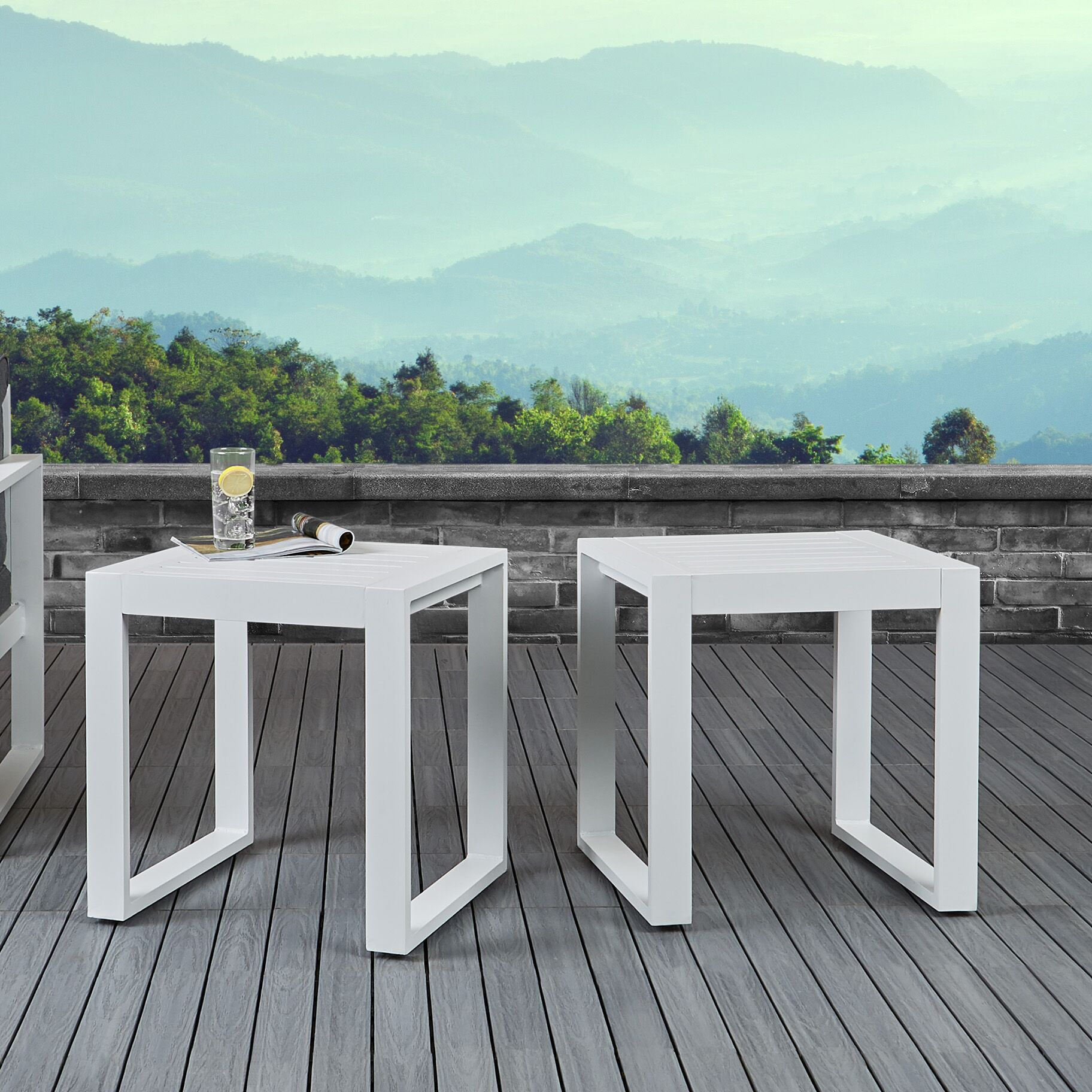 Baltic Aluminum Side Table Color: White