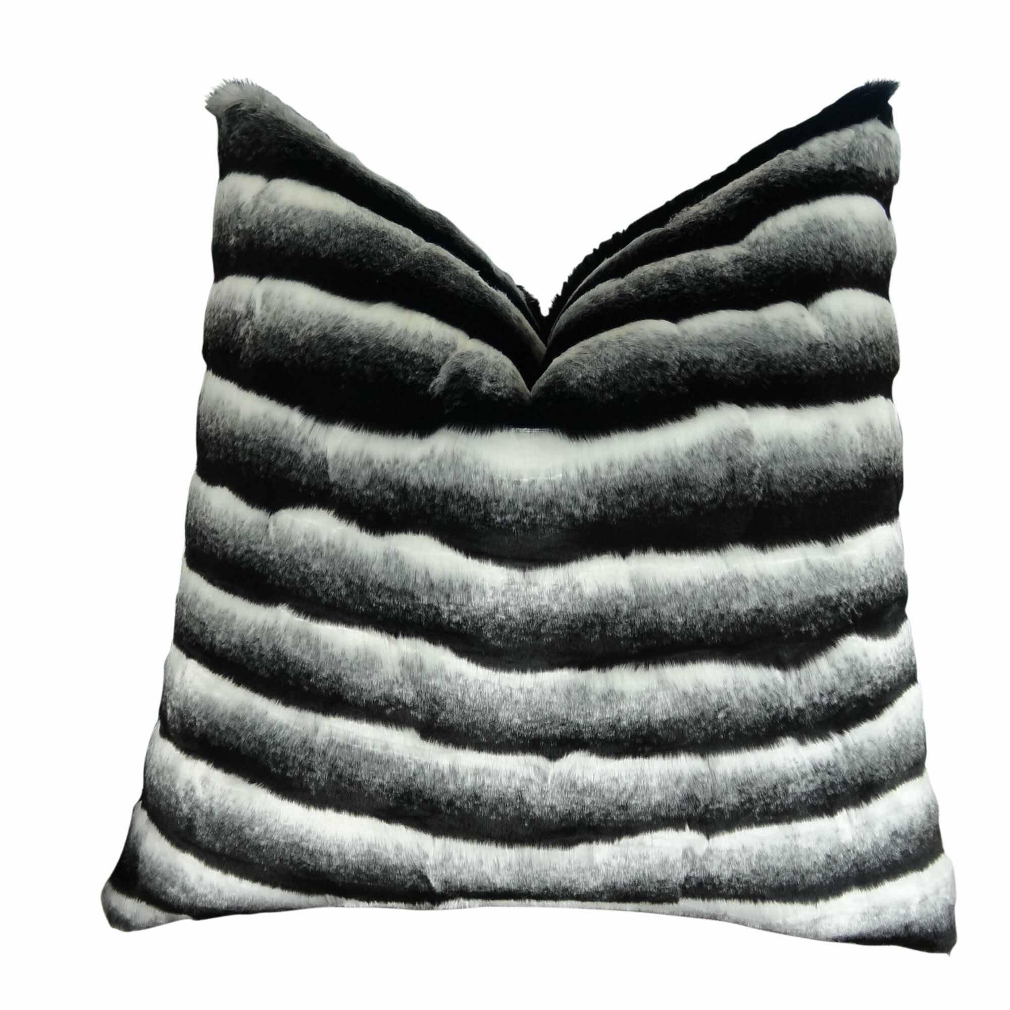 Joyal Chinchilla Faux Fur Pillow Fill Material: Cover Only - No Insert, Size: 26