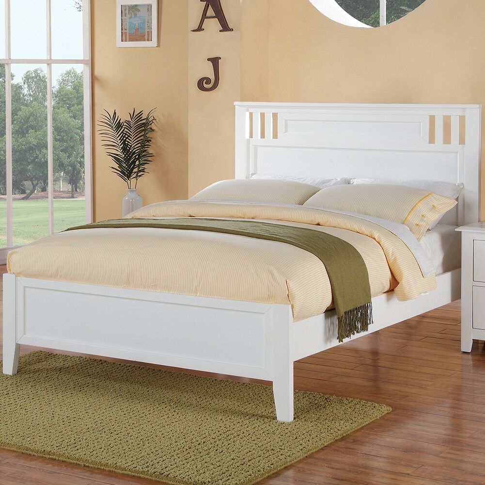Pangburn Appealing Panel Bed Size: Full, Color: White
