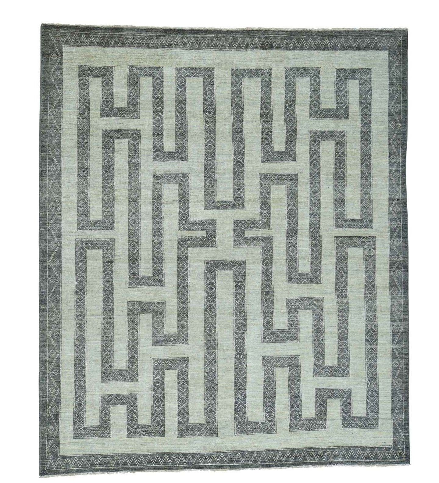 Maze Berber Influence Hand-Knotted Ivory/Dark Gray Area Rug
