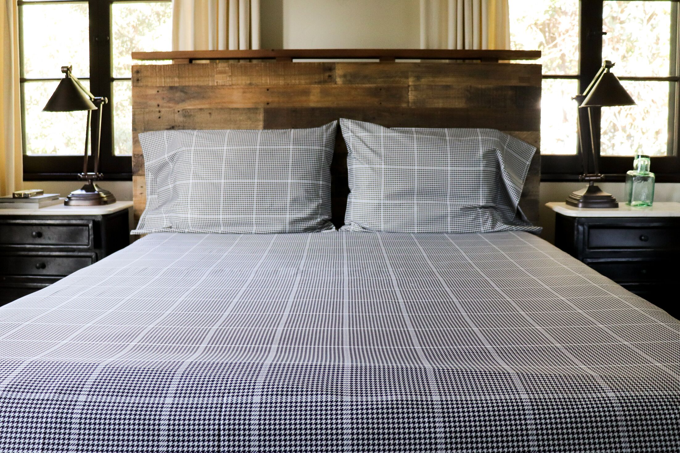 Catt Grid 400 Thread Count Sheet Set Size: Queen