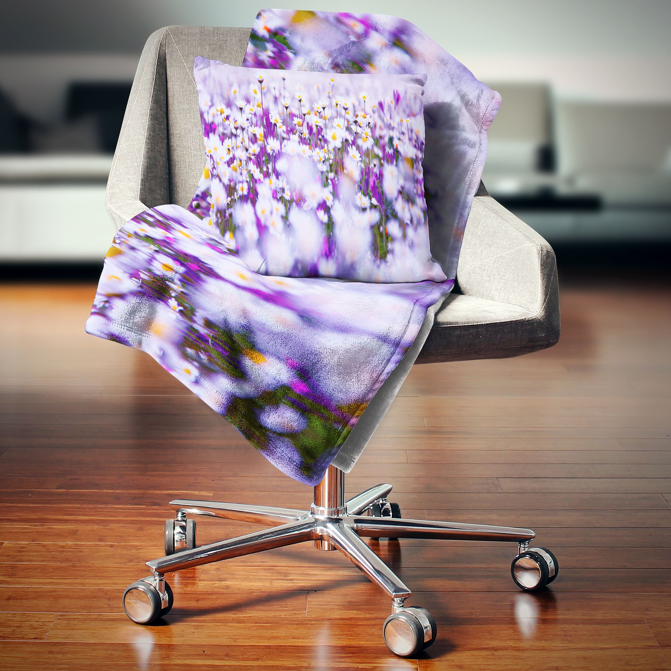 Floral Daisy Field Photography Panorama Pillow Size: 26