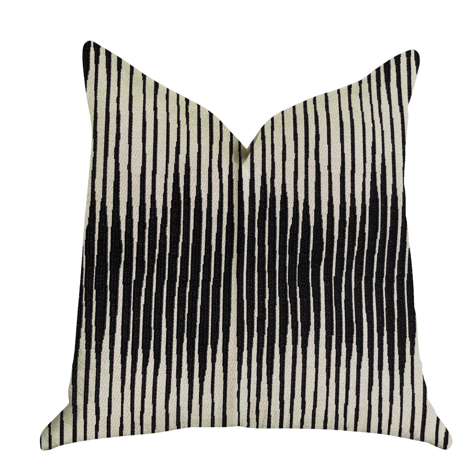 Tabatha Luxury Pillow Size: 22