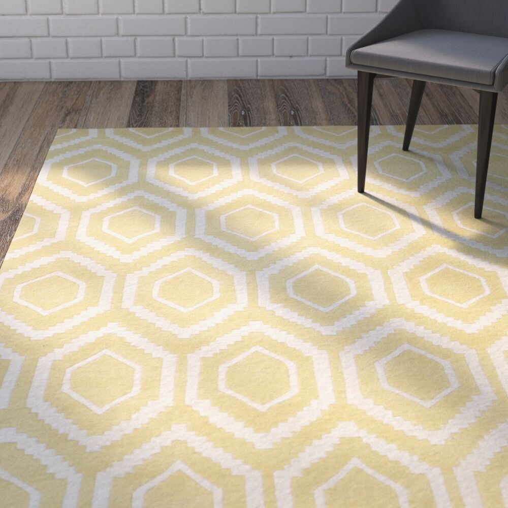Vanderford Hand-Tufted Wool Light Gold/Ivory Area Rug Rug Size: Rectangle 6' x 9'