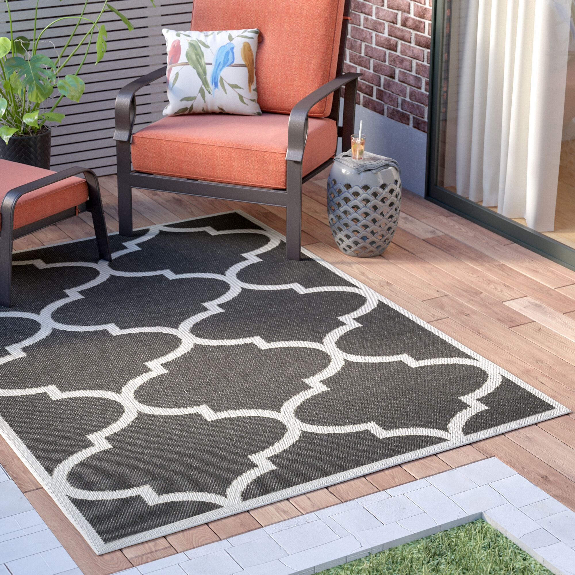Emma Morroccan Trellis Power Loom Black Indoor/Outdoor Area Rug Rug Size: 5'3