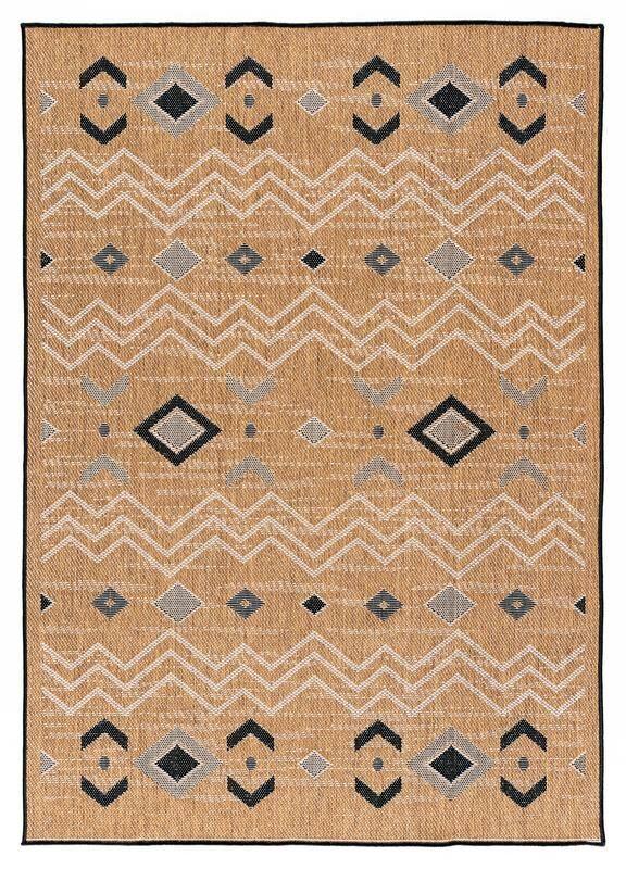 Tseng Reversible Brown Indoor/Outdoor Area Rug Rug Size: Rectangle 7'10