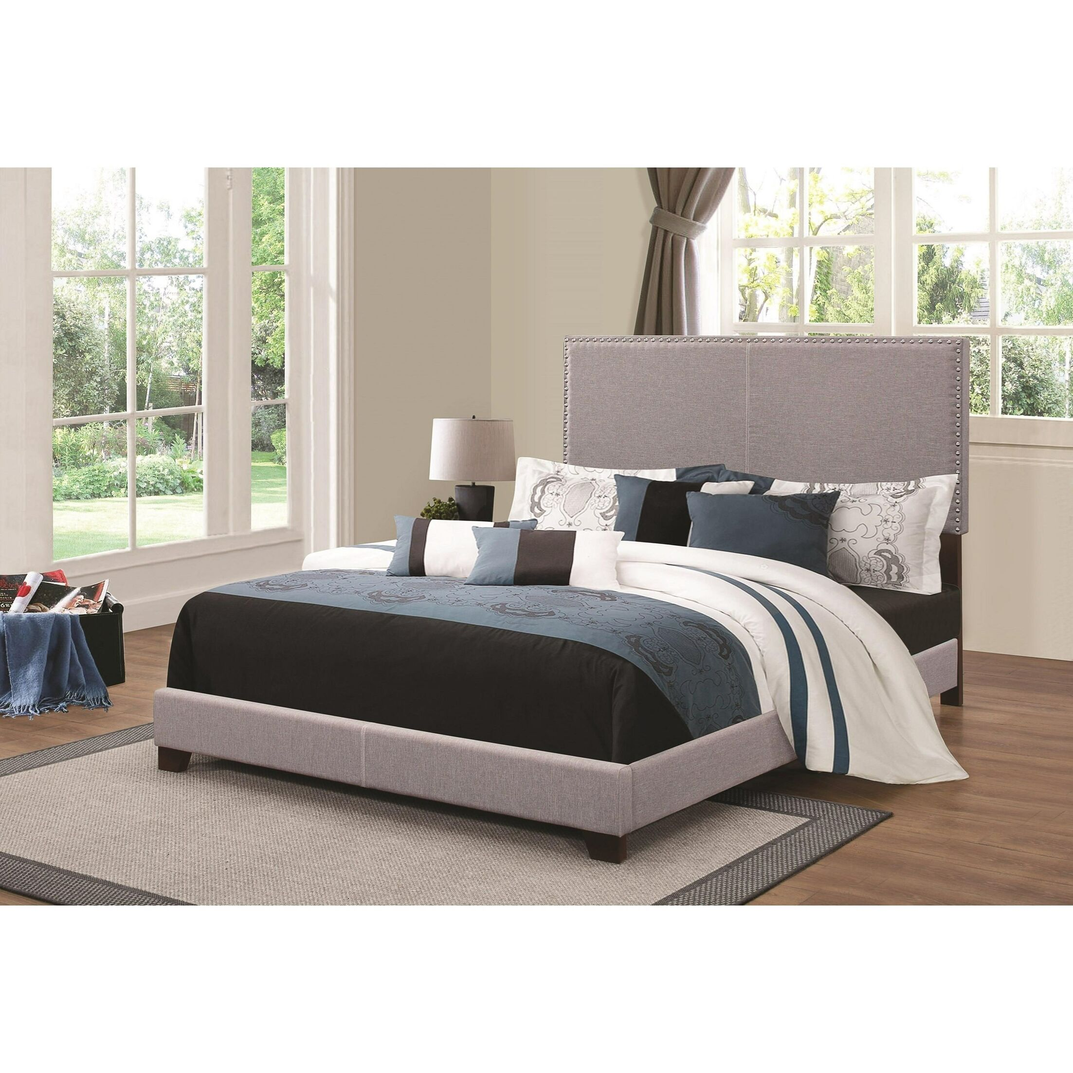 Kenworthy Upholstered Sleigh Bed Color: Gray, Size: King