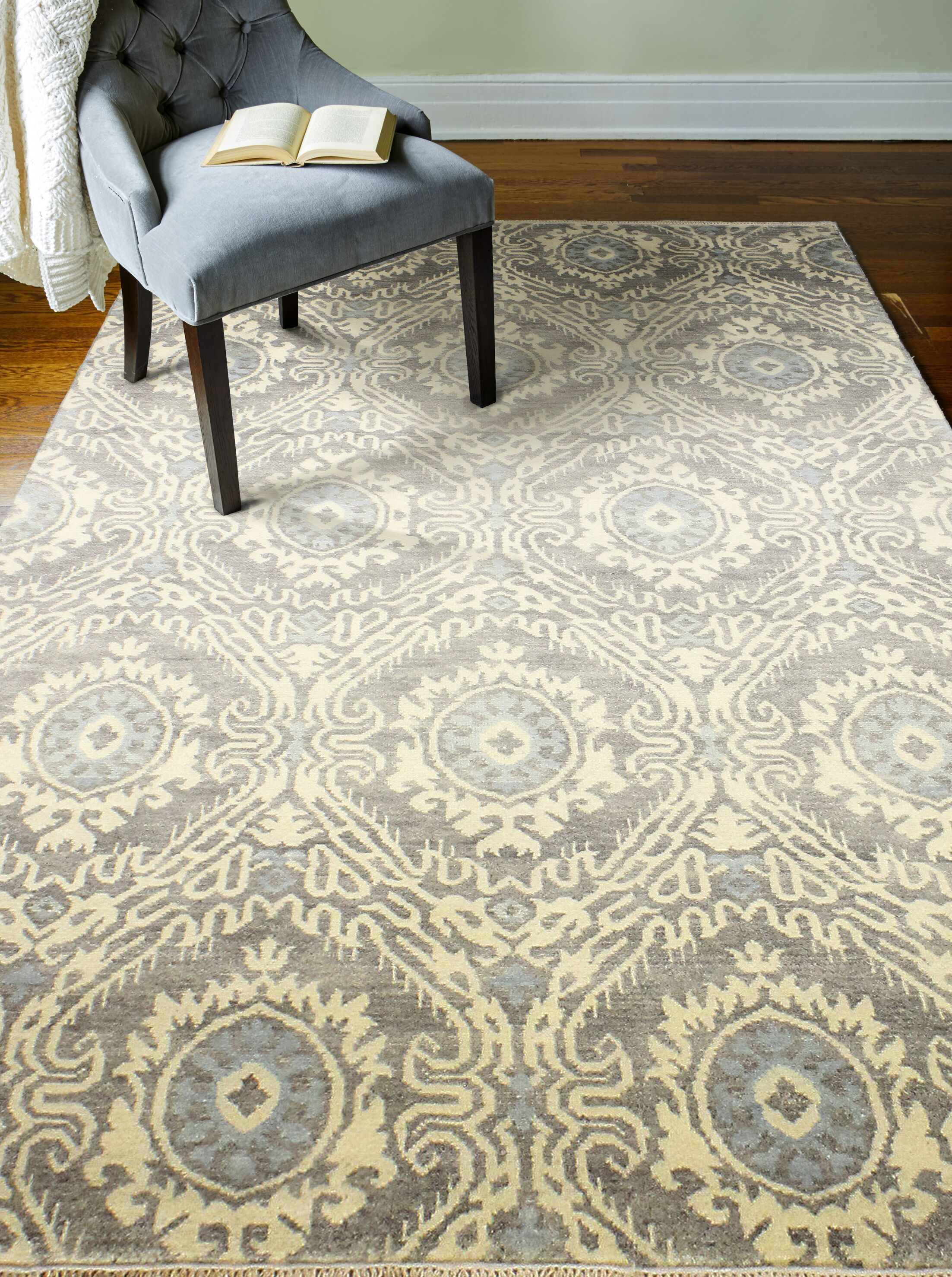 Arsenal Hand-Knotted Wool Gray Area Rug Rug Size: Rectangle 5'9