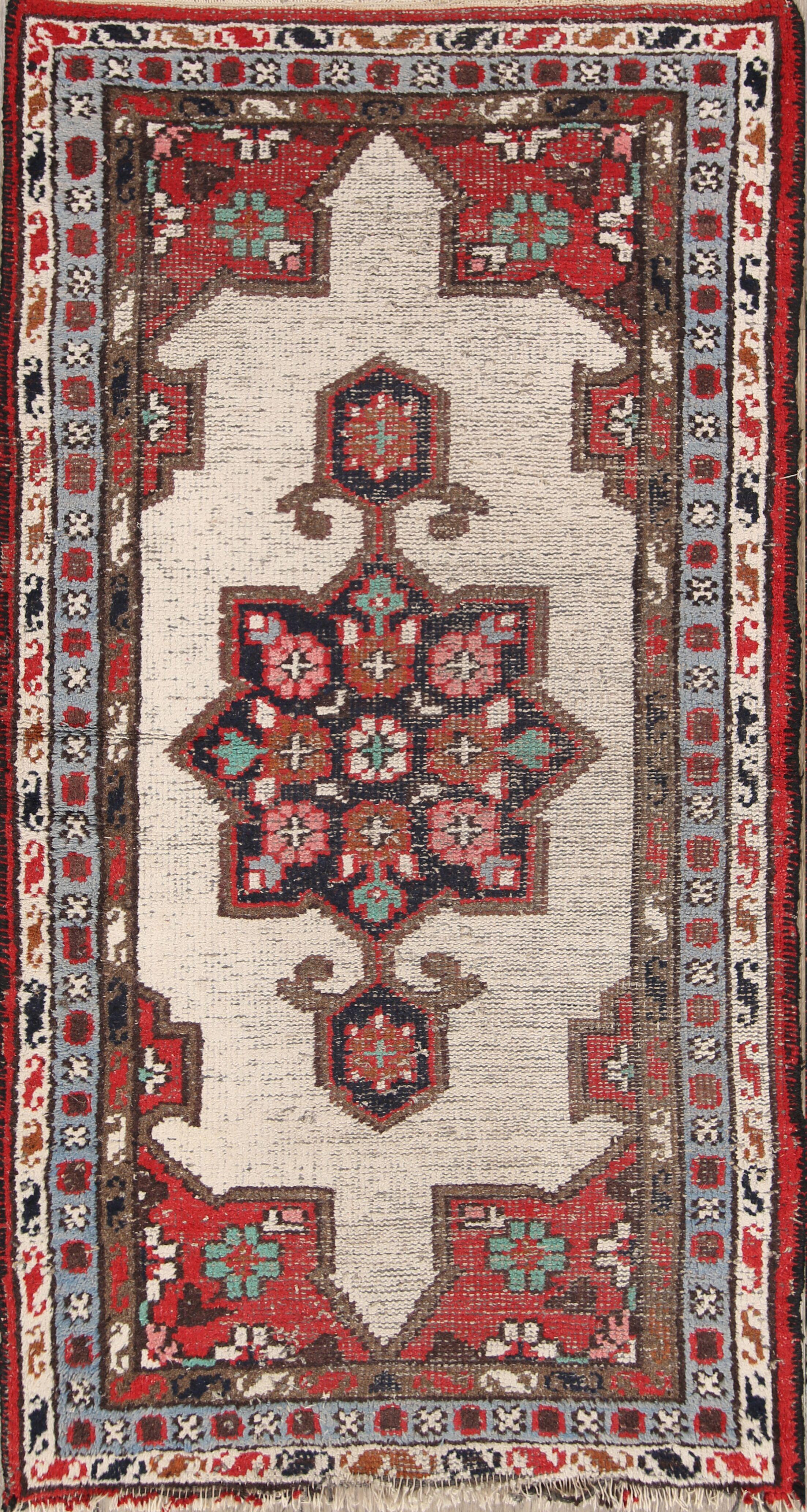 Needham Heriz Oriental Hand-Knotted Wool Beige/Red Area Rug