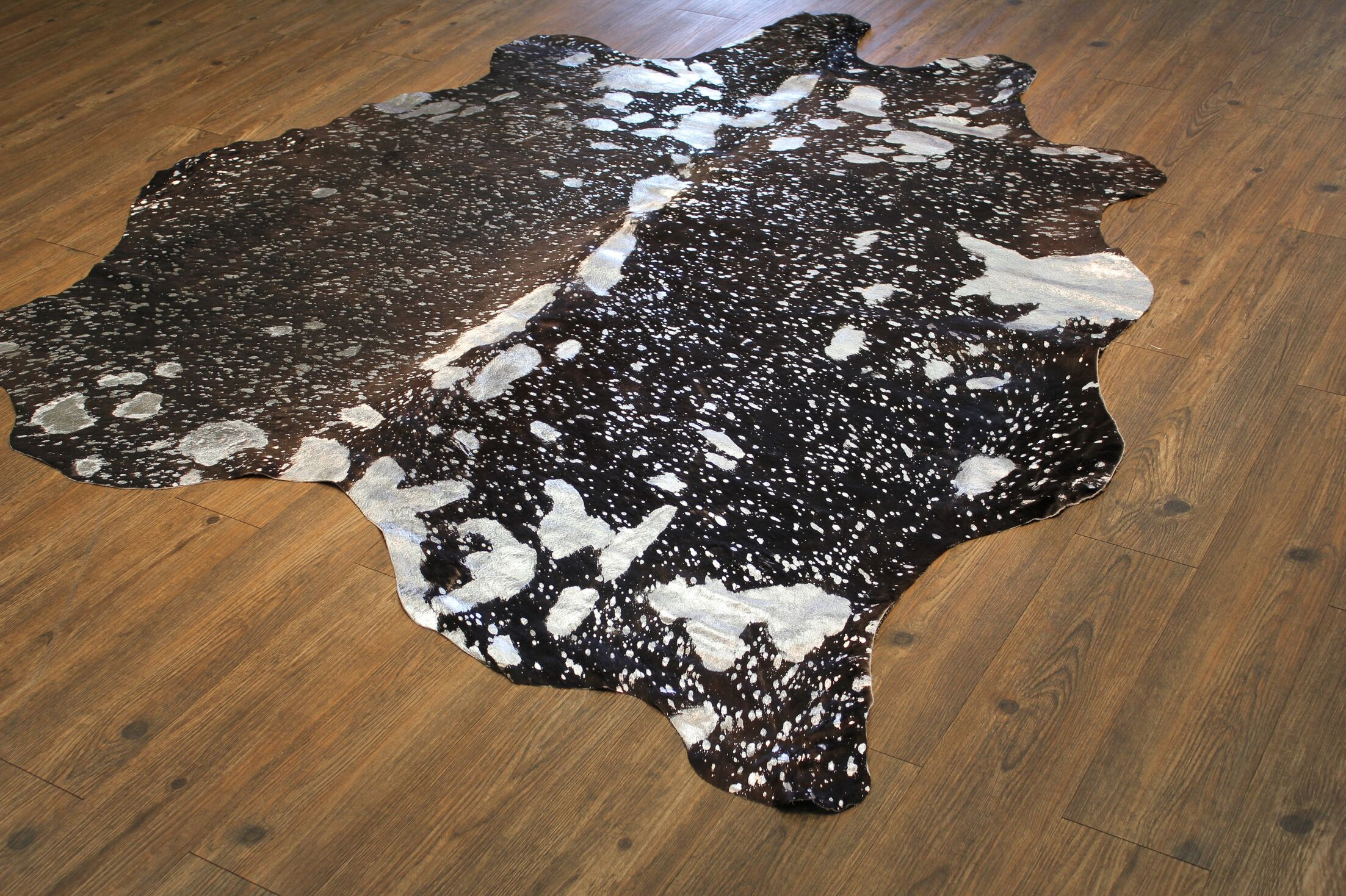 One-of-a-Kind Dunson Hand-Woven Cowhide Silver/Black Area Rug