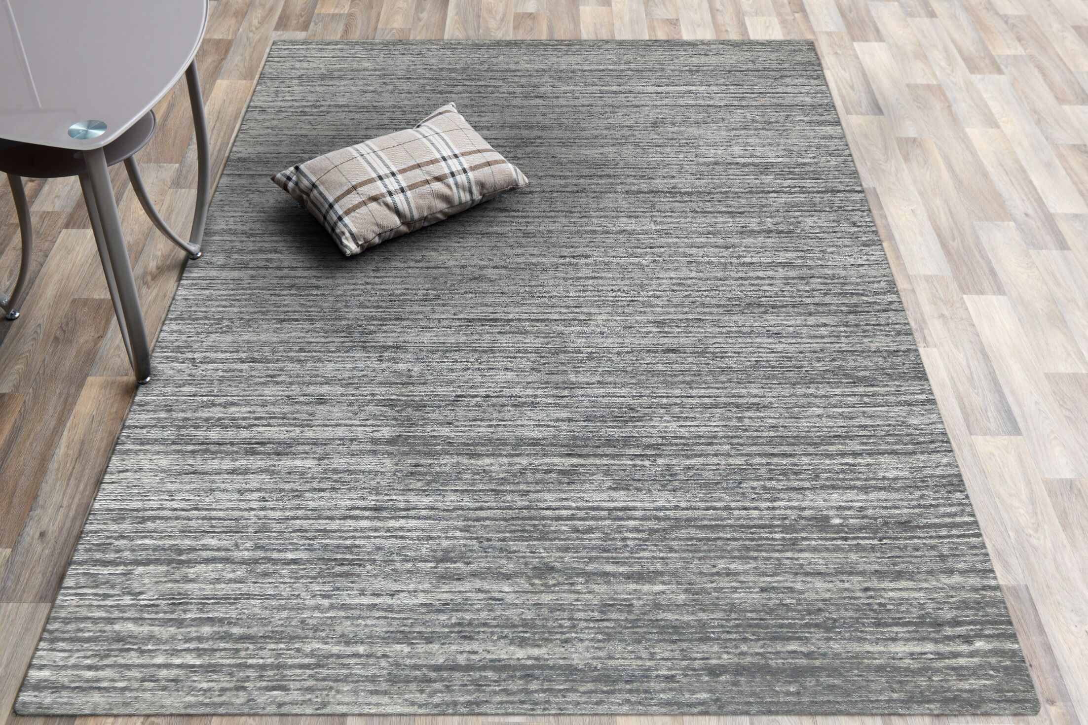 Holliman Hand-Woven Wool Silver Area Rug Rug Size: Rectangle 4' x 6'
