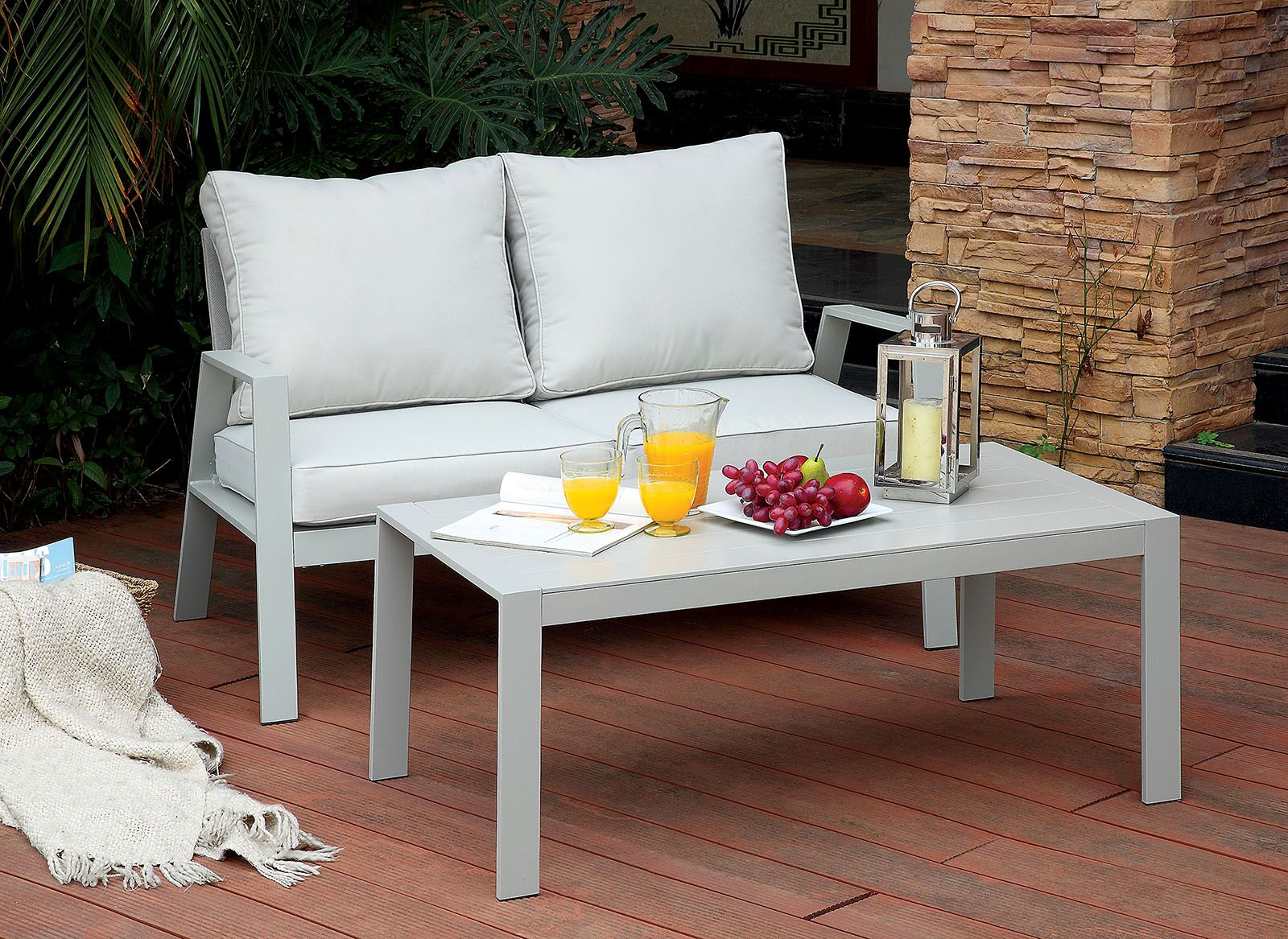 Belleville Loveseat with Cushions