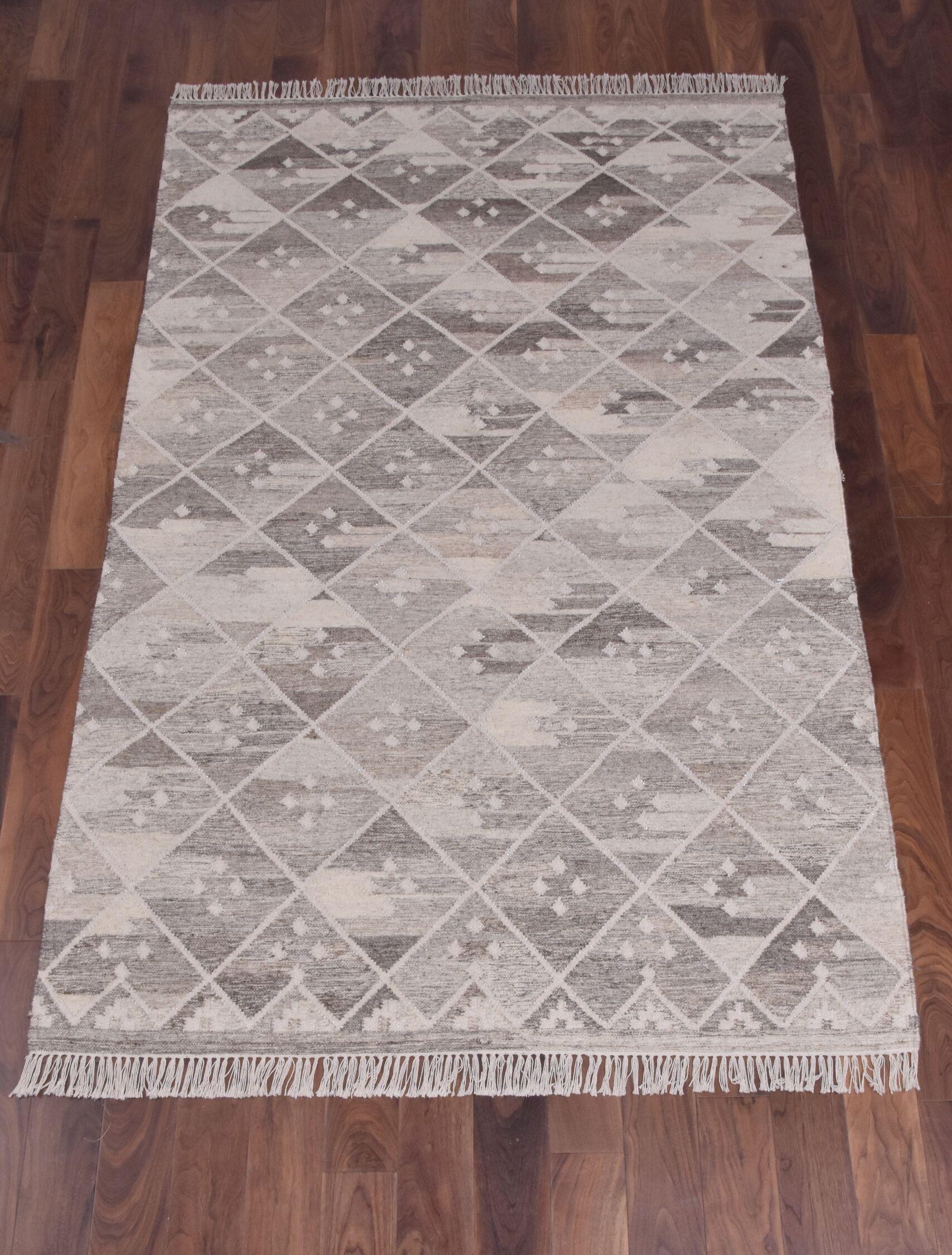 Berwick Hand-Woven Wool Gray Area Rug Rug Size: Rectangle 5' x 8'