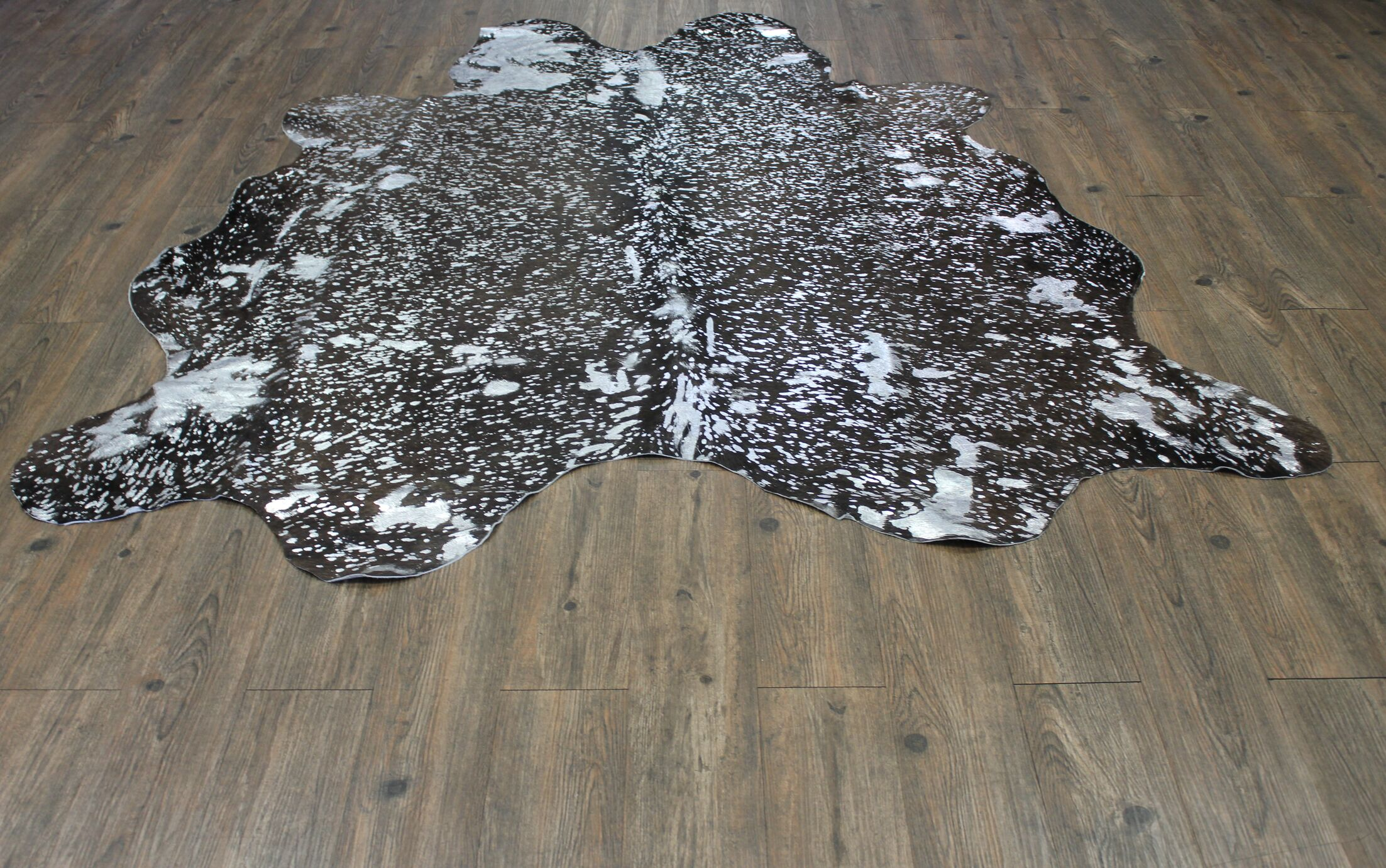One-of-a-Kind Welton Premium Real Home Hand-Woven Cowhide Silver/Black Area Rug