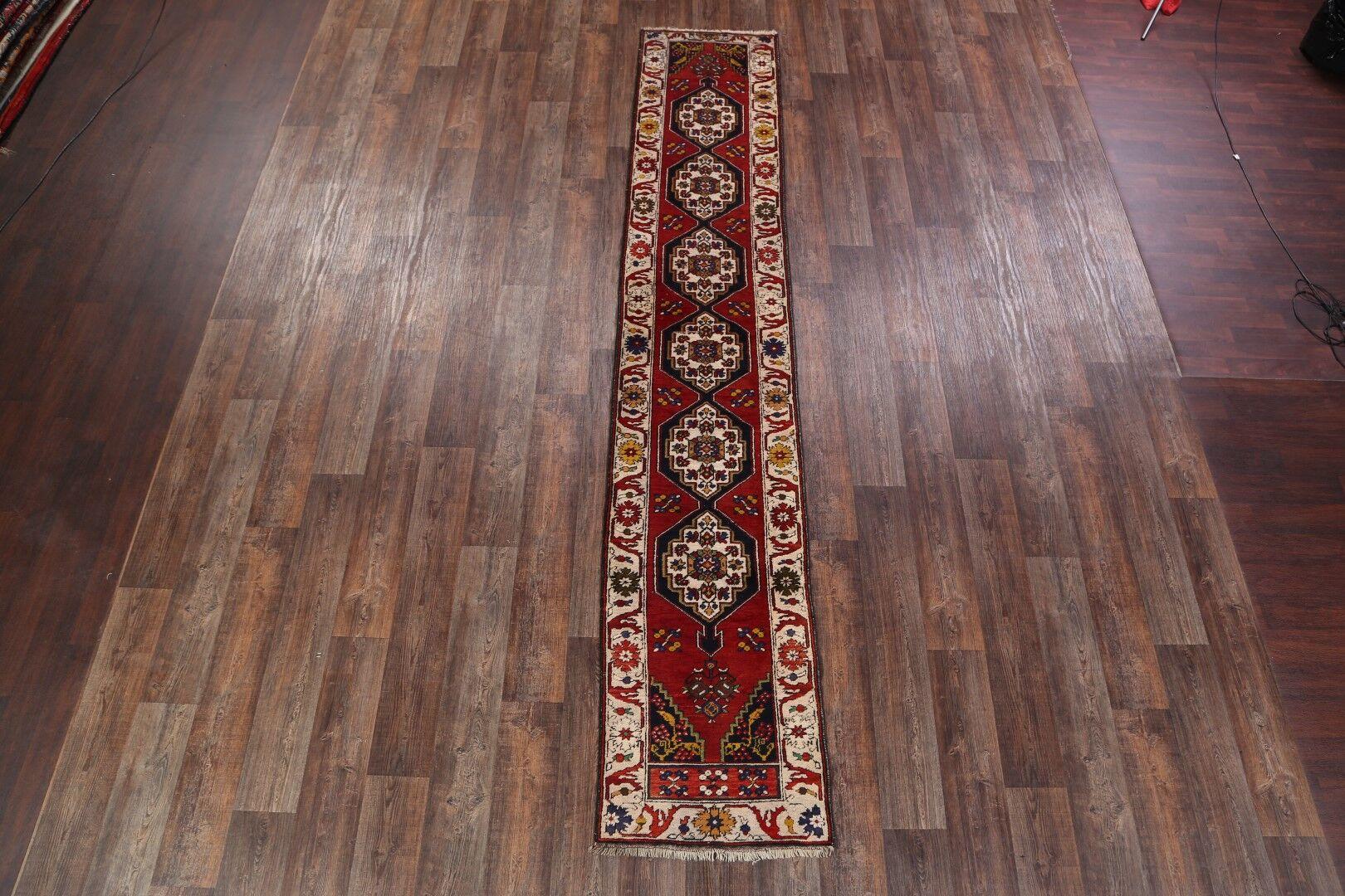 Decaro Kazak Russian Hand-Knotted Wool Red/Burgundy Area Rug