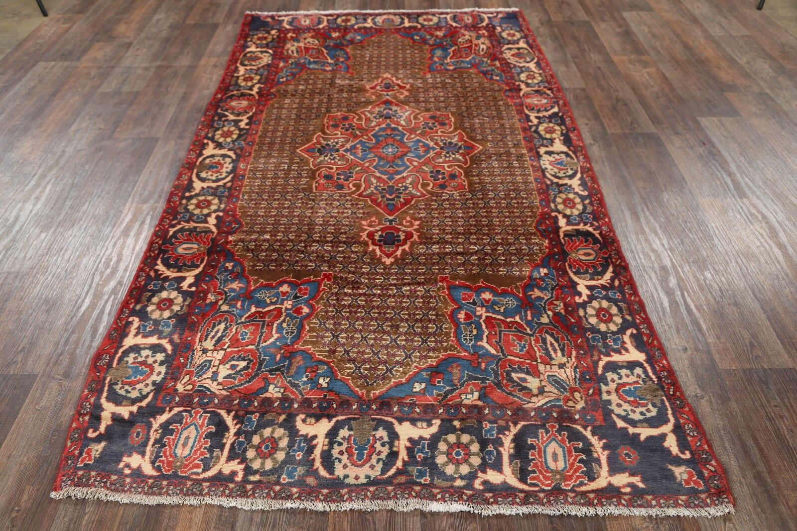 One-of-a-Kind Traditional Koliaei Hamedan Persian Hand-Knotted 5' x 9'6