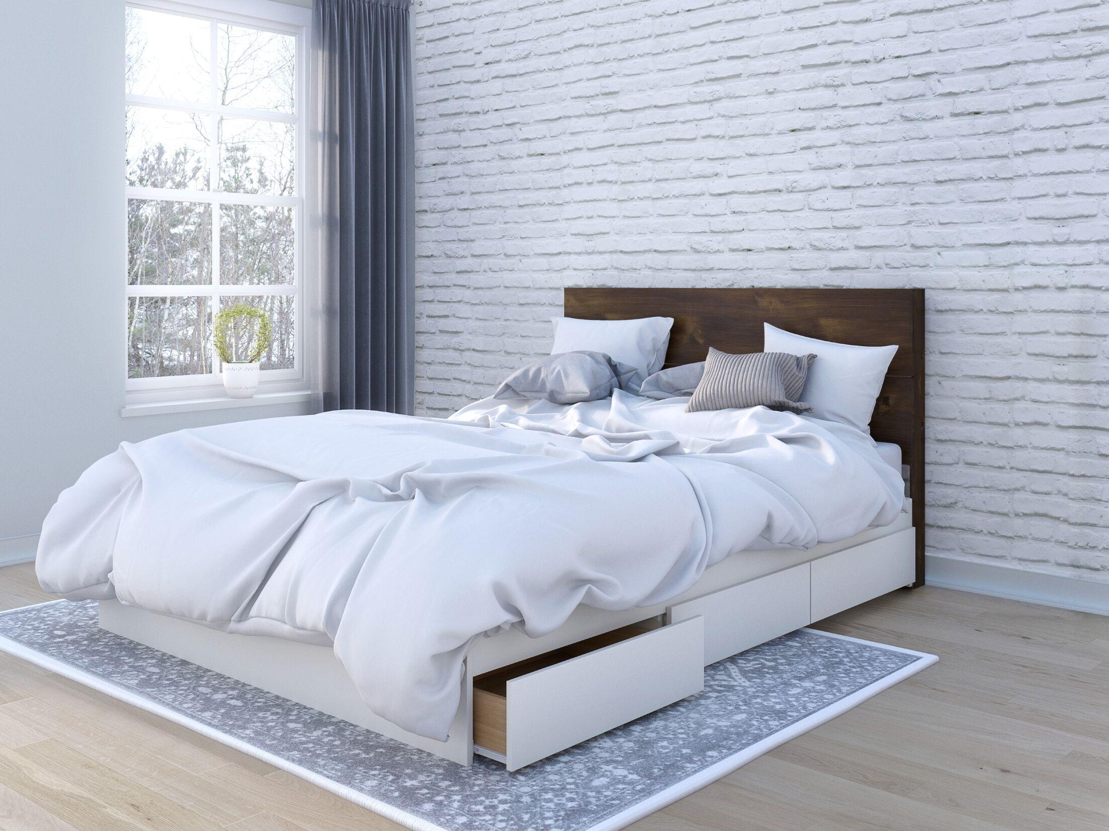 Mcinnis Storage Platform Bed Size: Queen