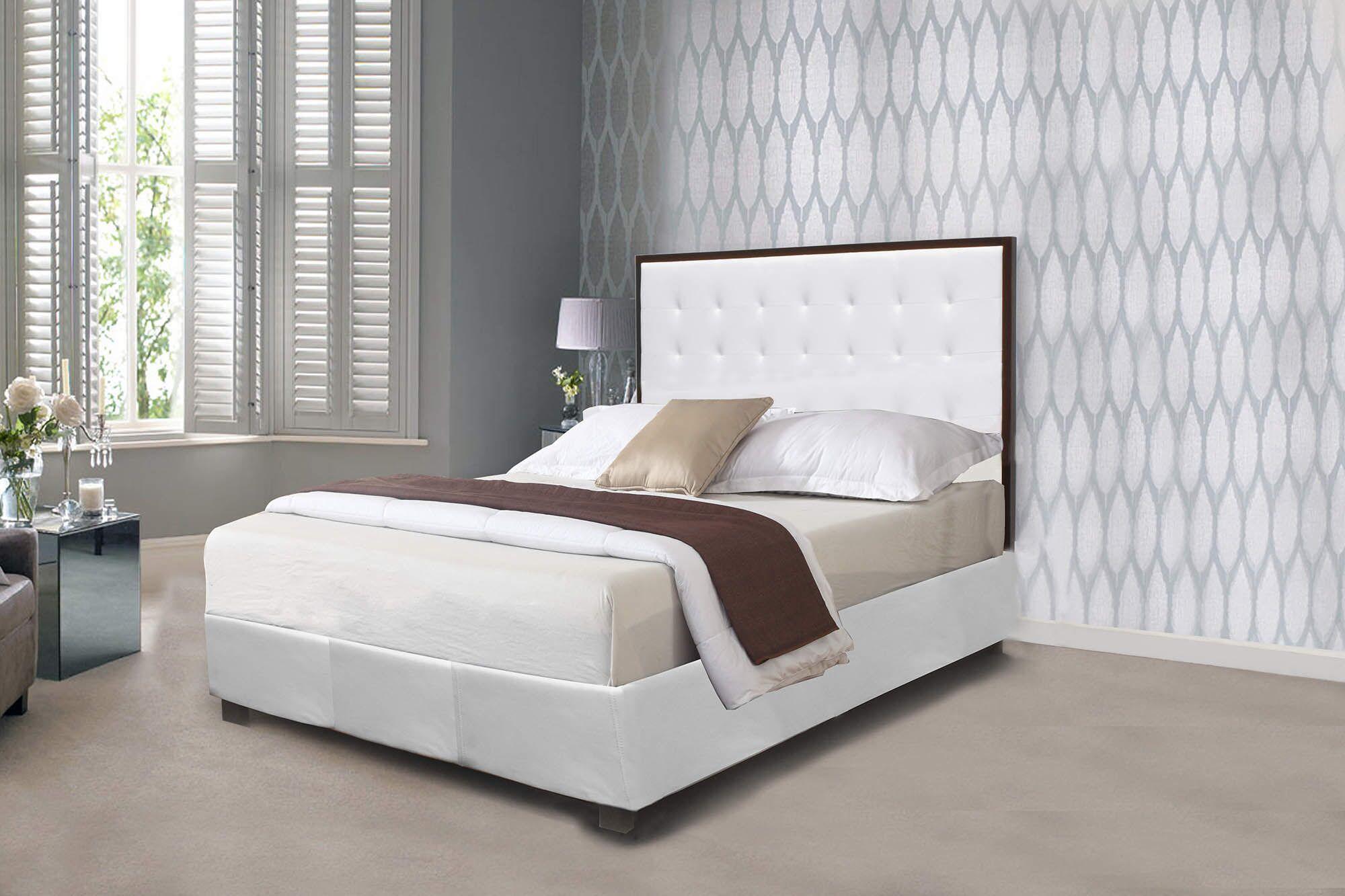 Ishaan Upholstered Platform Bed Size: Queen
