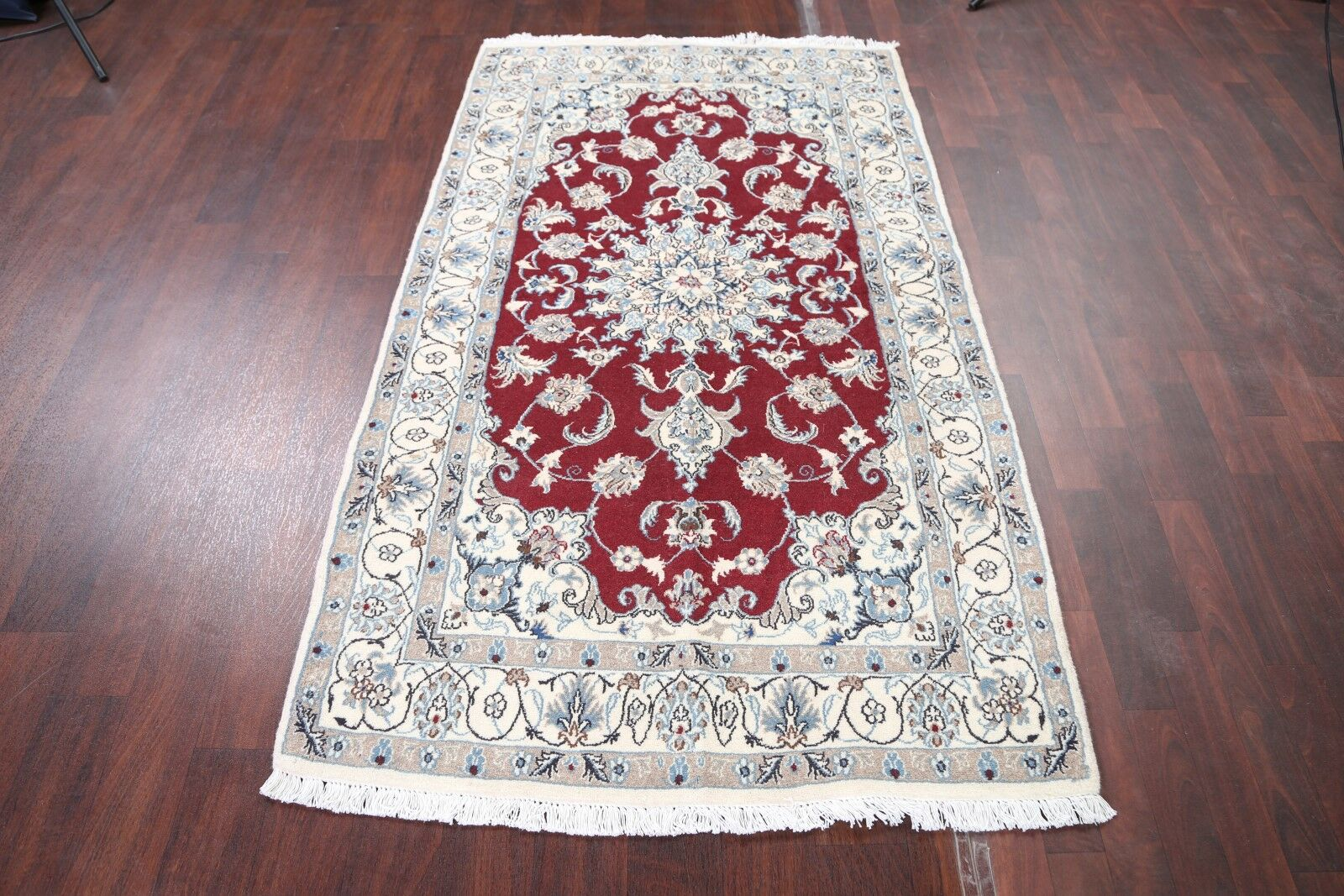 One-of-a-Kind Mello Classical Nain Isfahan Persian Traditional Hand-Knotted 3'10