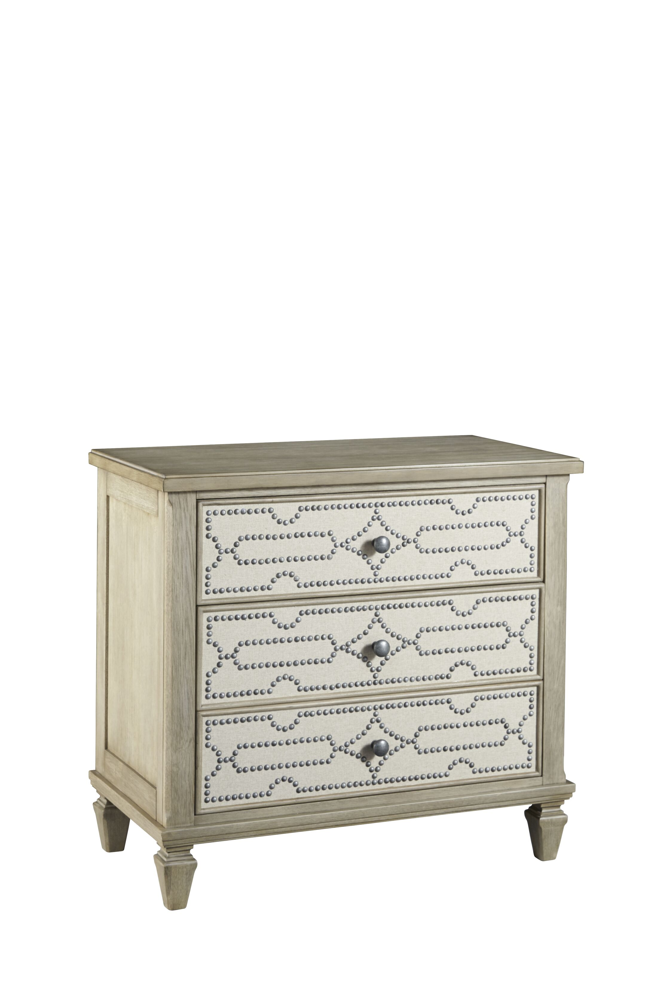 Soares 3 Drawers Bachelor Chest Color: Flax