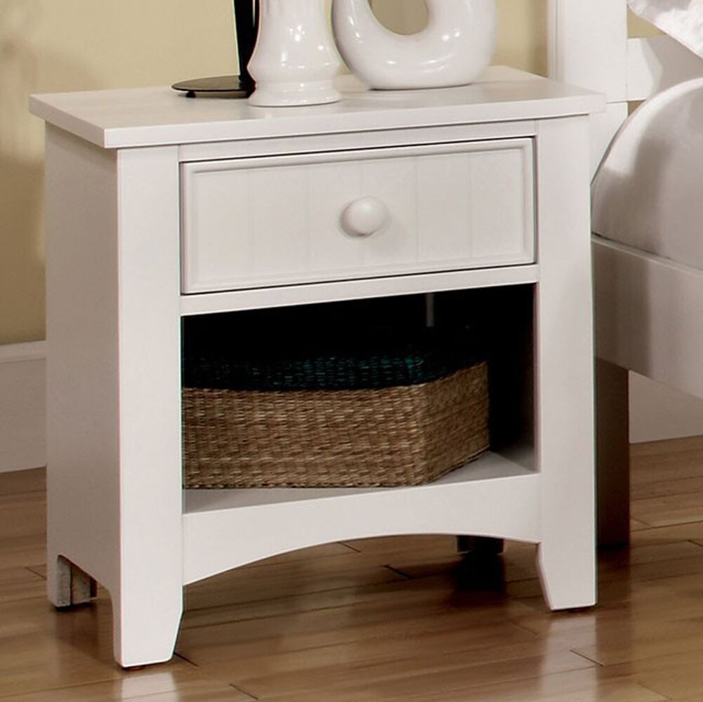 Reaves Wood 1 Drawer Nightstand Color: White