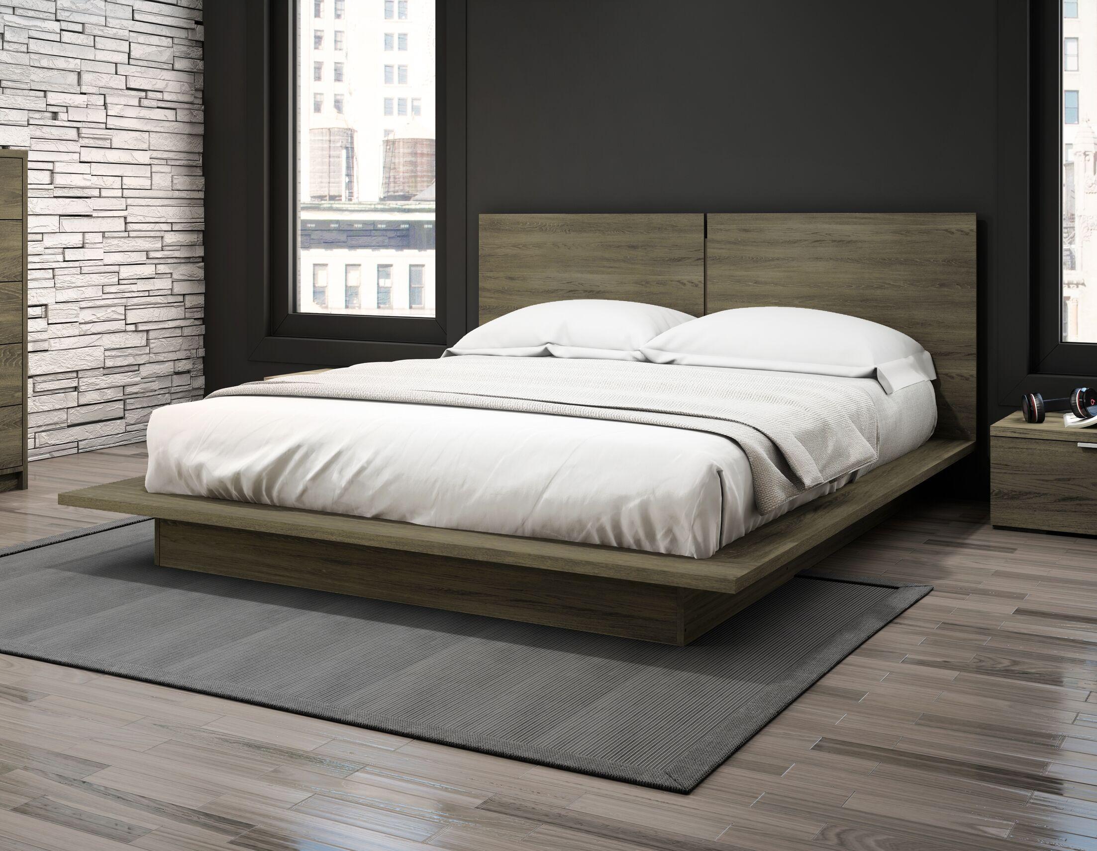 Kriemann Queen Platform Bed Color: Rustic Cinnamon