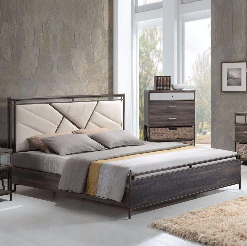 Alexandria Queen Upholstered Panel Bed