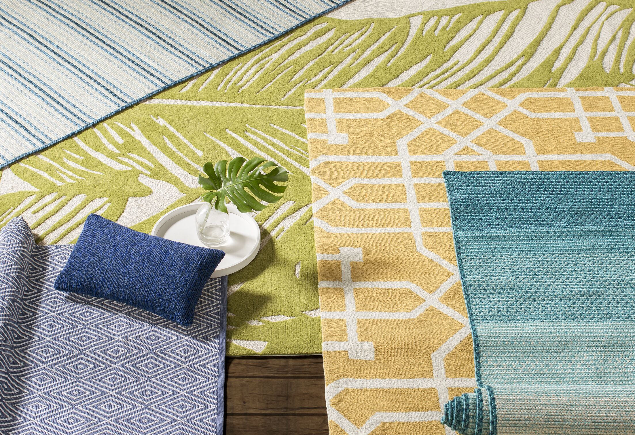 Angela Hand-Tufted Yellow Indoor/Outdoor Area Rug Size: Rectangle 9' x 12'