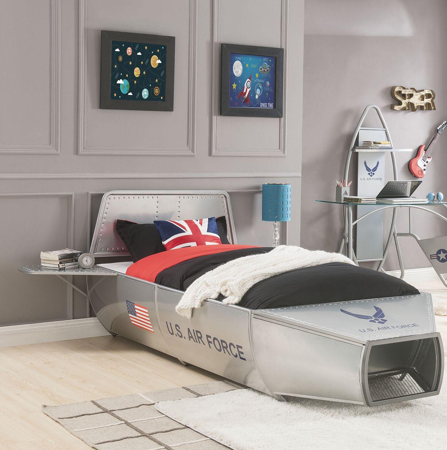 Knowlton Storage Platform Bed Size: Twin
