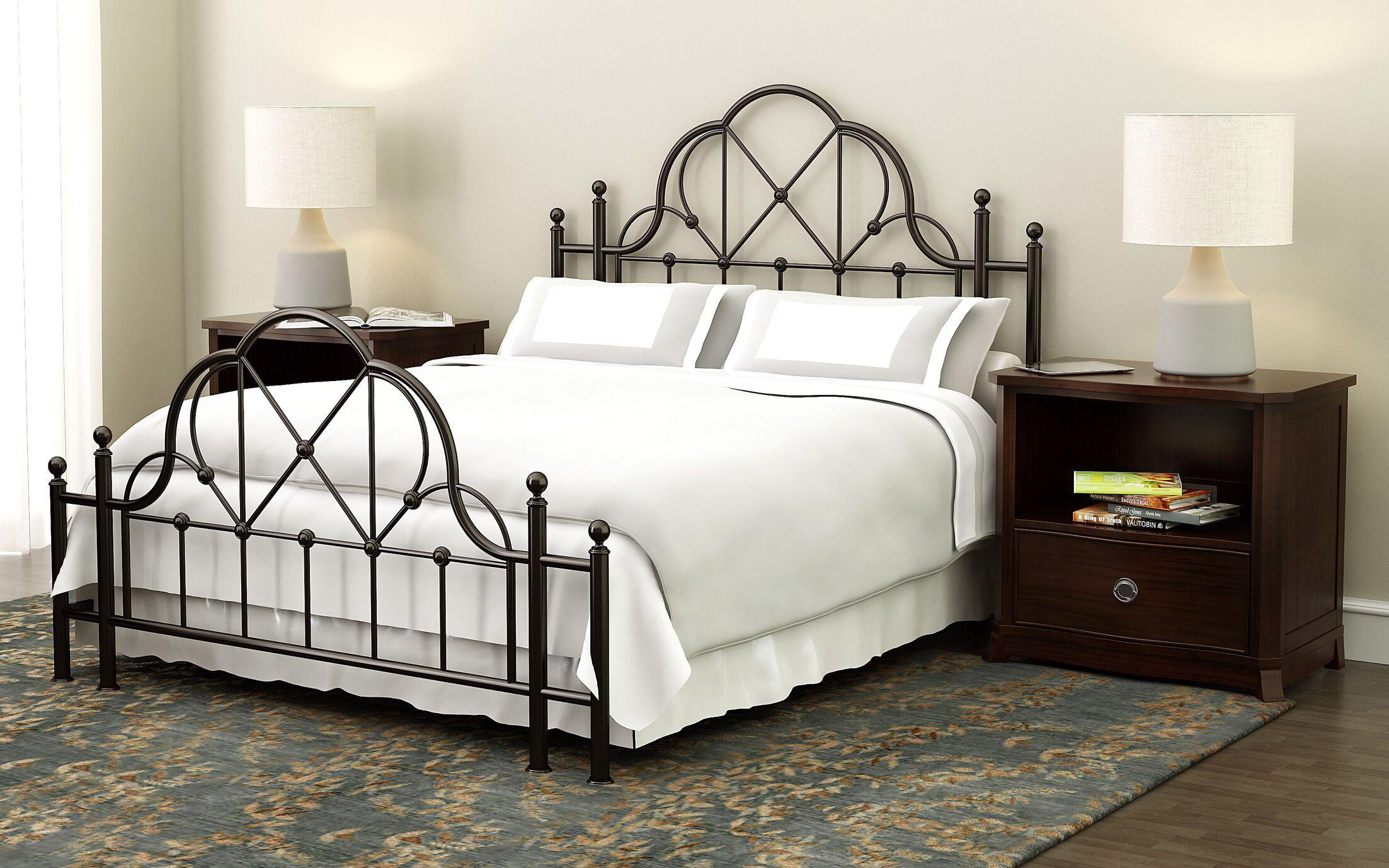 Govea Queen Panel 3 Piece Bedroom Set