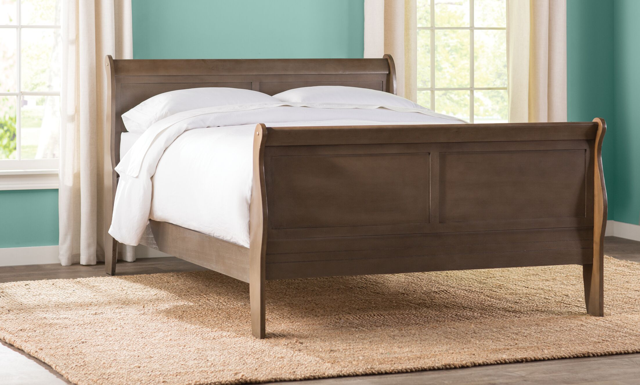 Lisle Sleigh Bed Size: Full, Color: Cherry