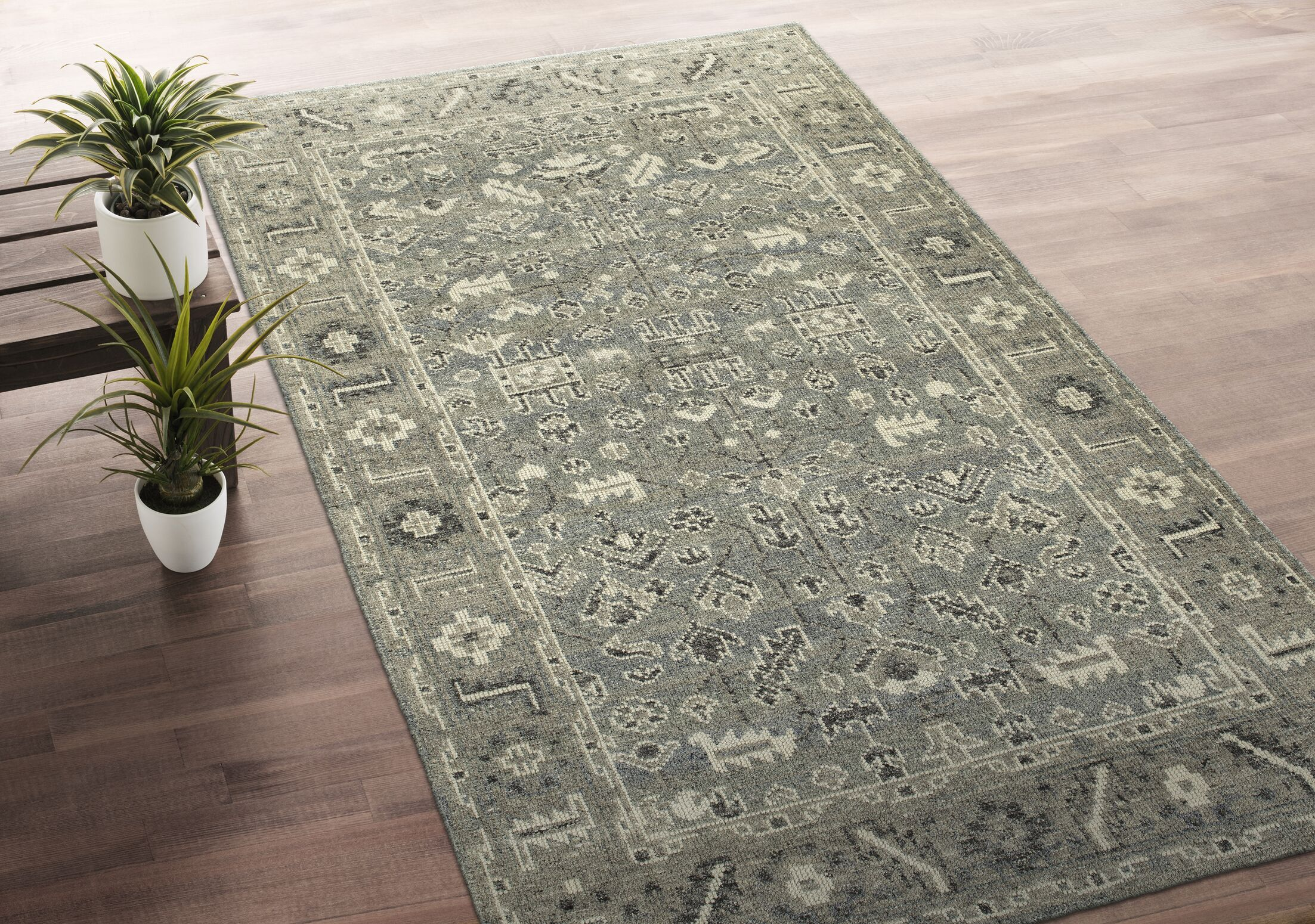 Romeo Hand-Knotted Wool Ivory/Charcoal Area Rug Rug Size: Rectangle 5'6