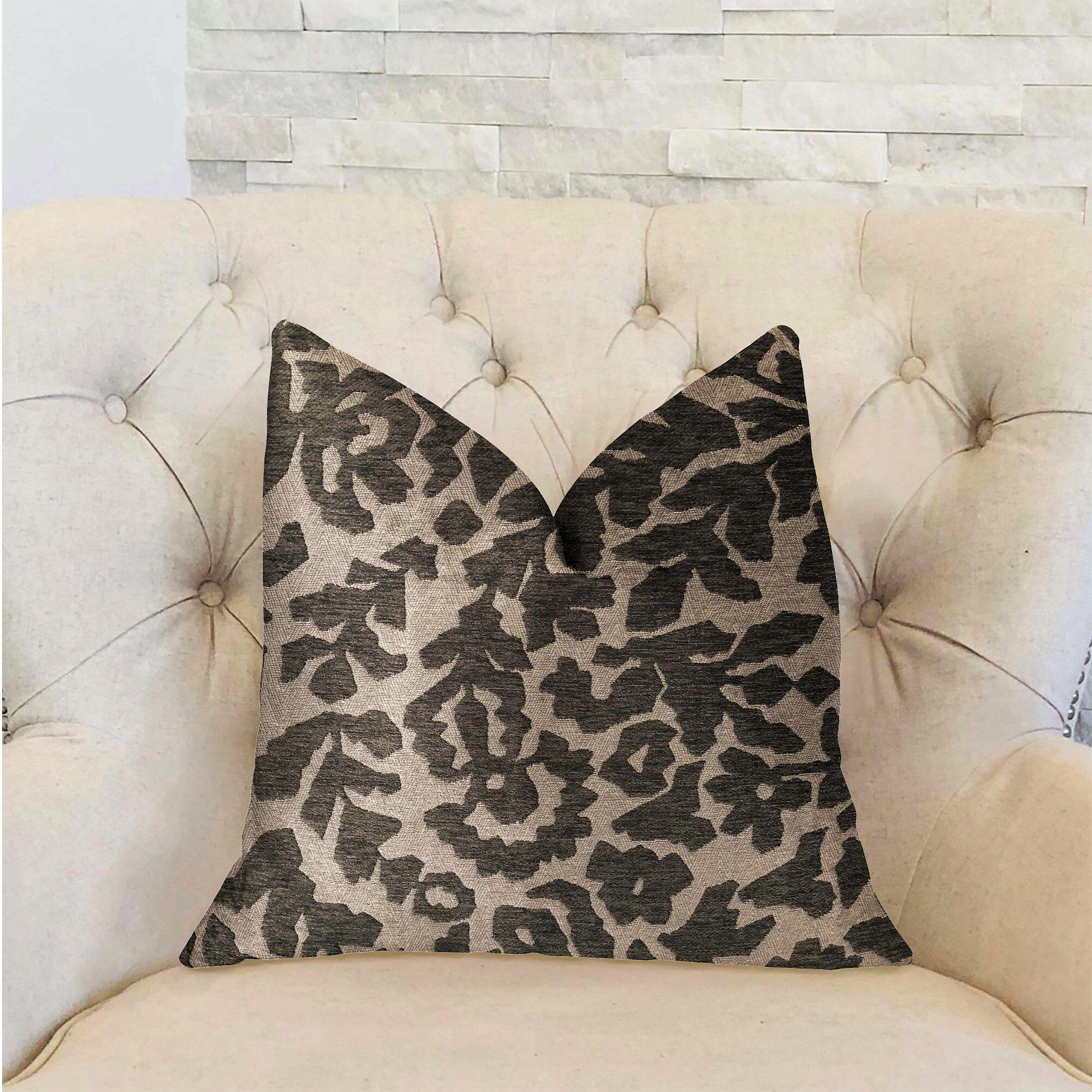 Harpe Luxury Pillow