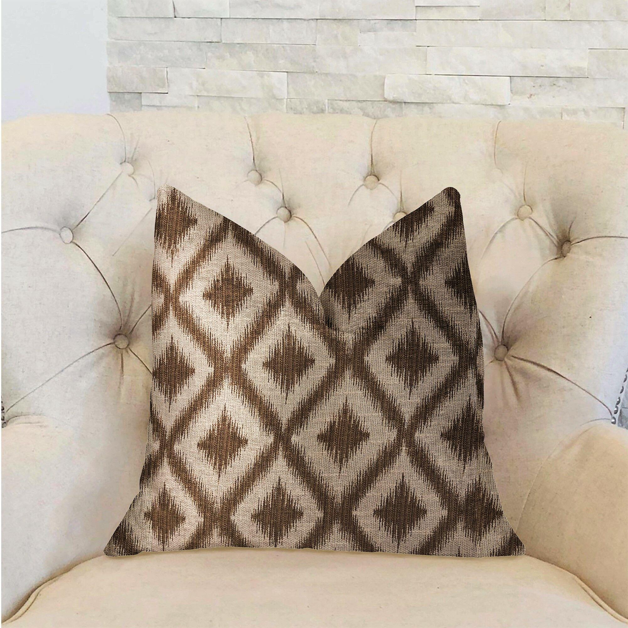 Aledo Luxury Pillow Size: 12
