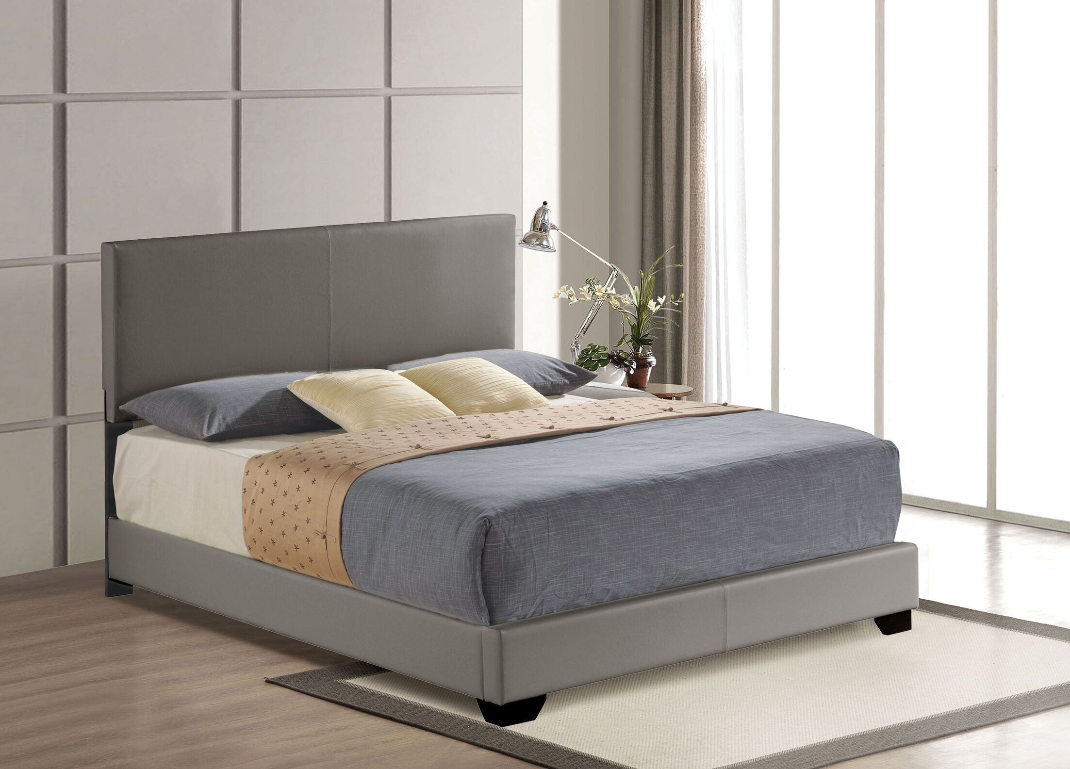 Fenster Upholstered Panel Bed Color: Gray, Size: King