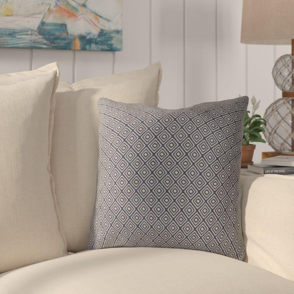 Cayer Luxury Throw Pillow Size: 26