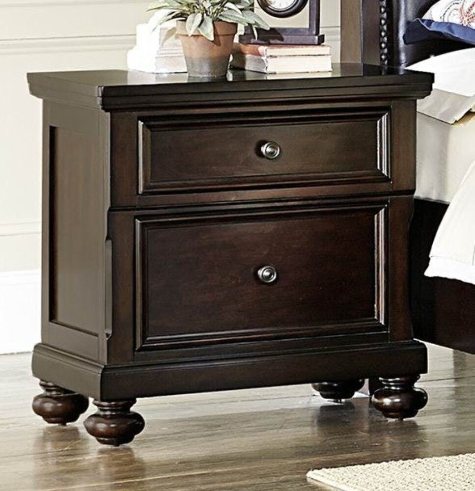 Fearn Wooden 2 Drawer Nightstand