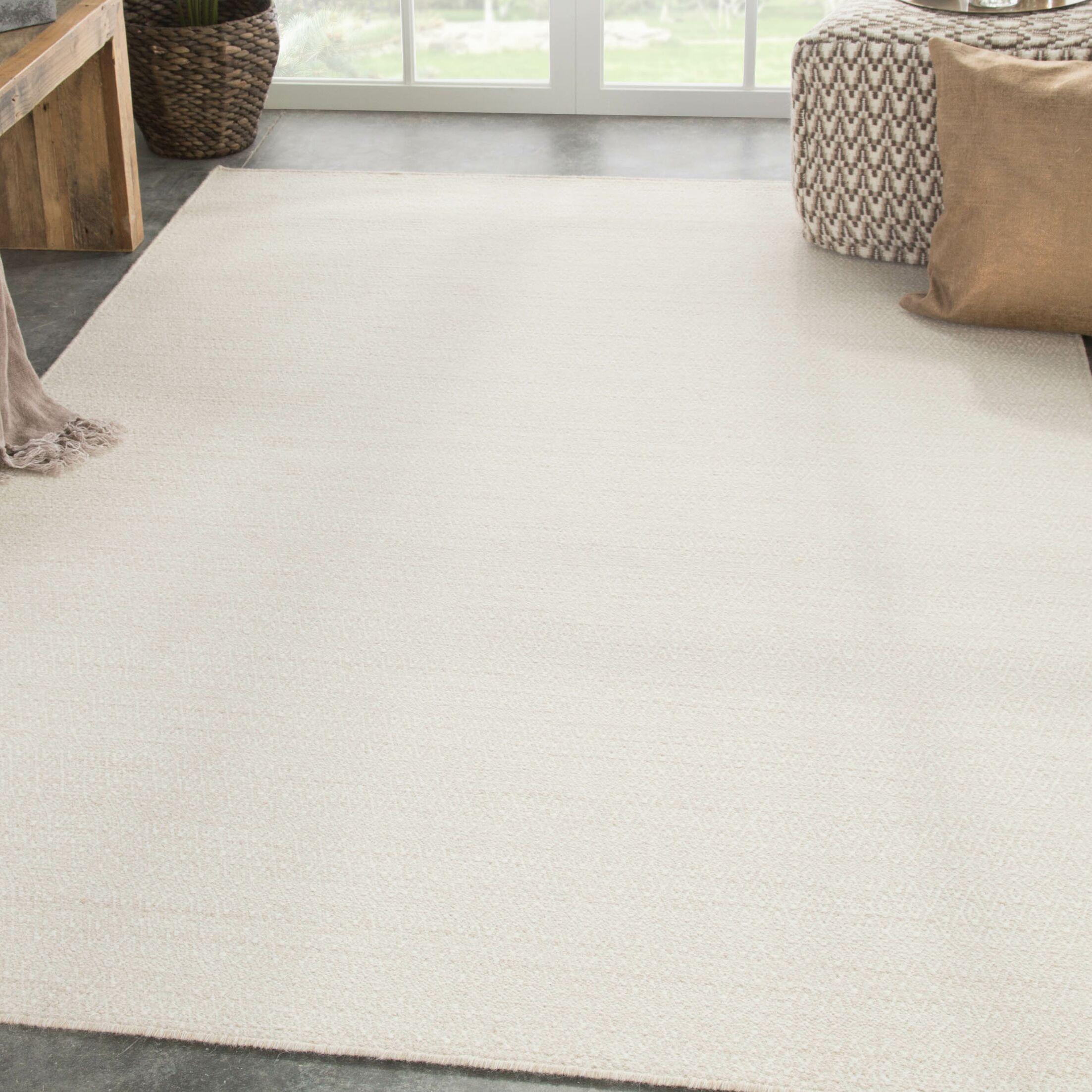 Finnerty Handmade Wool Ivory Area Rug Rug Size: Rectangle 8' x 10'