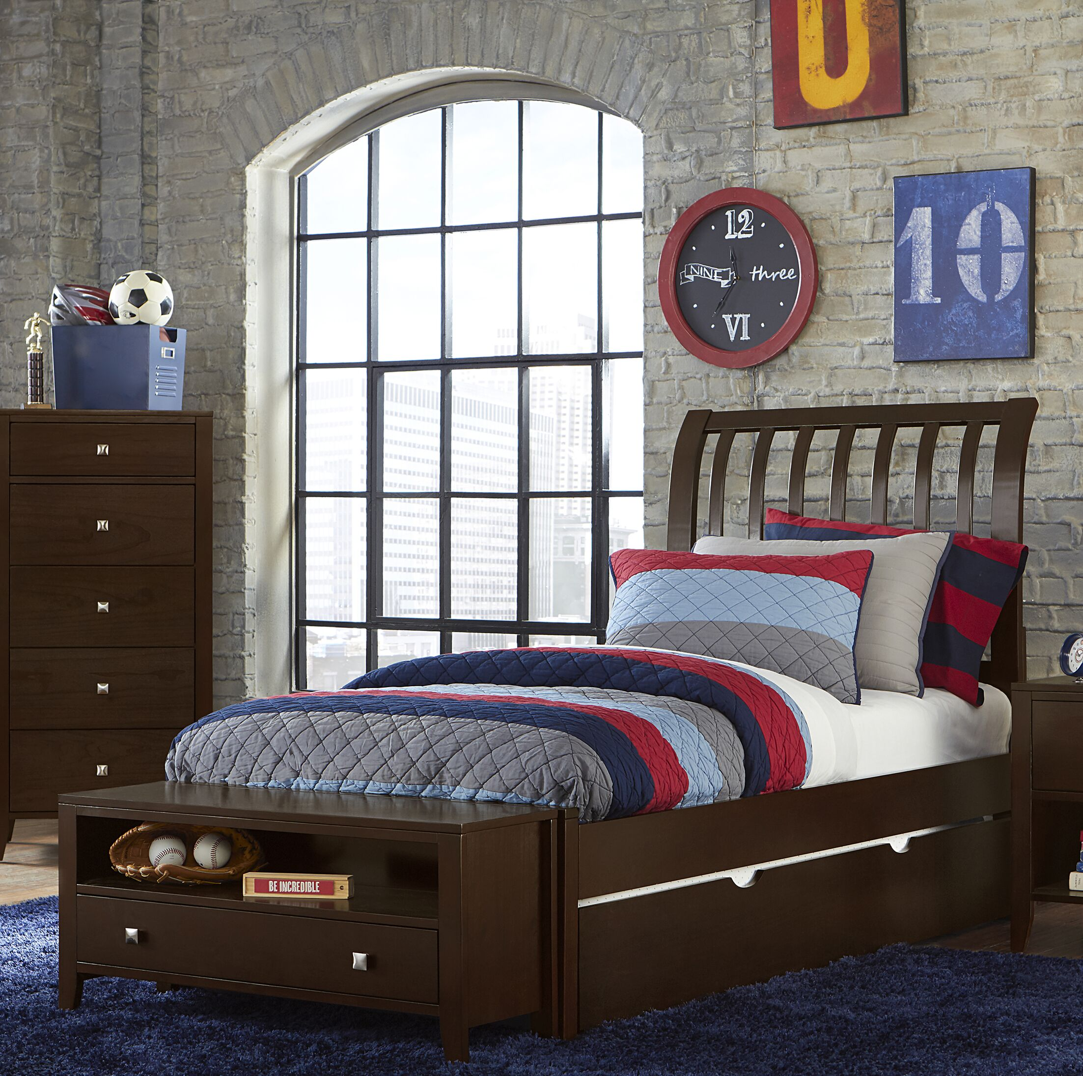 Granville Rake Sleigh Bed with Trundle Color: Chocolate, Size: Full