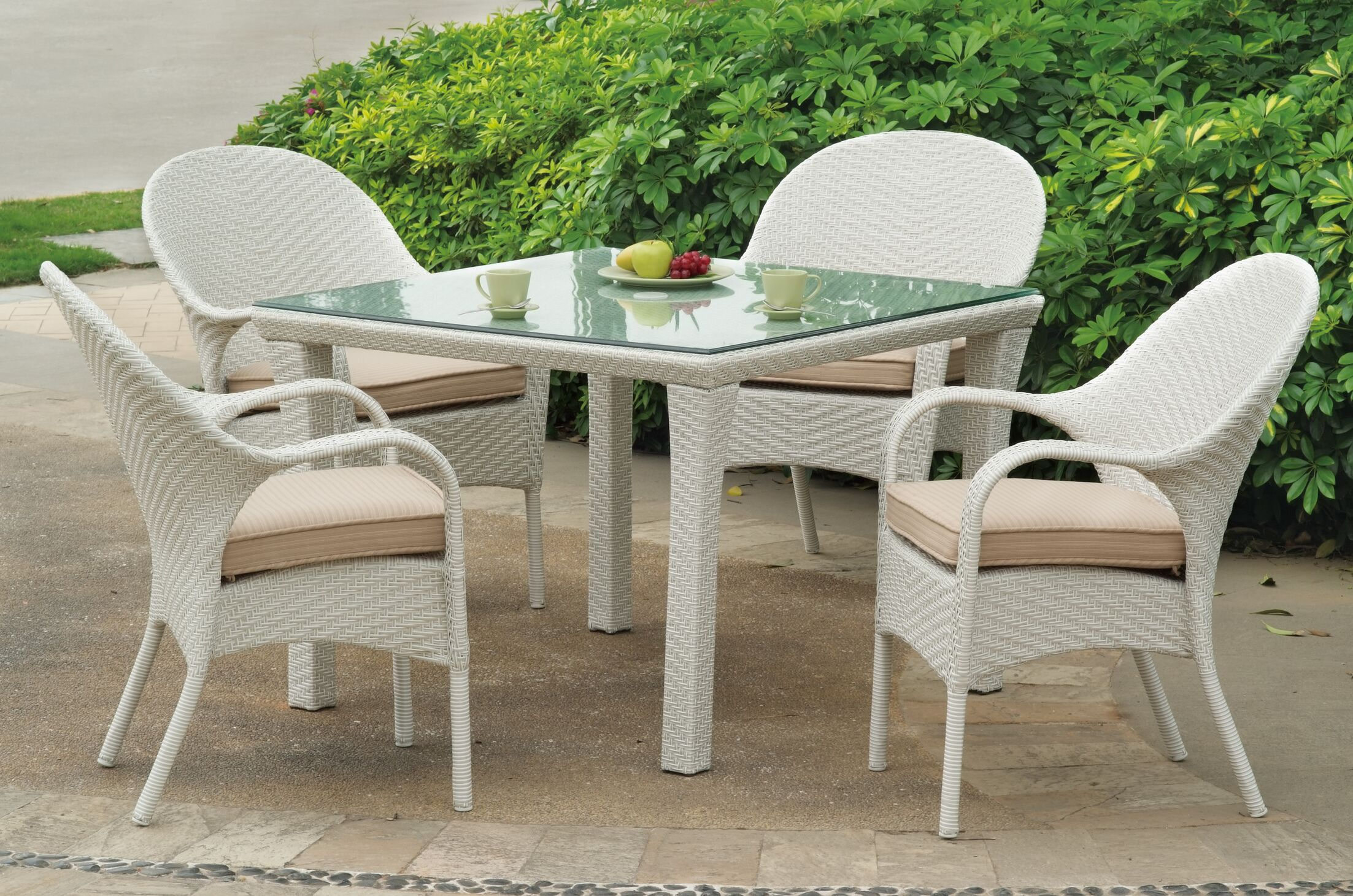 Isabell 5 Piece Dining Set with Sunbrella Cushions Cushion Color: Cast Silver