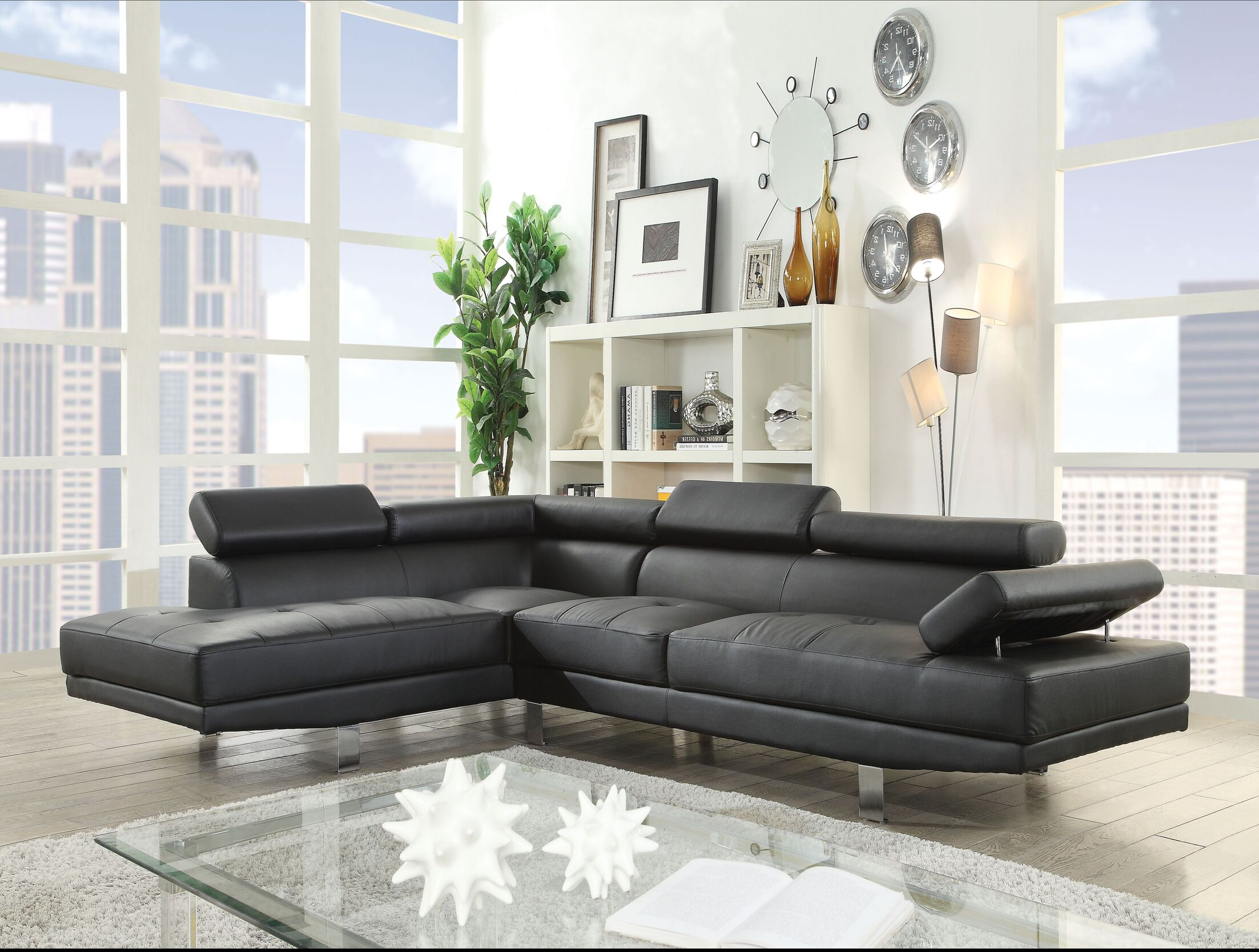 Ealy Sectional Upholstery: Black